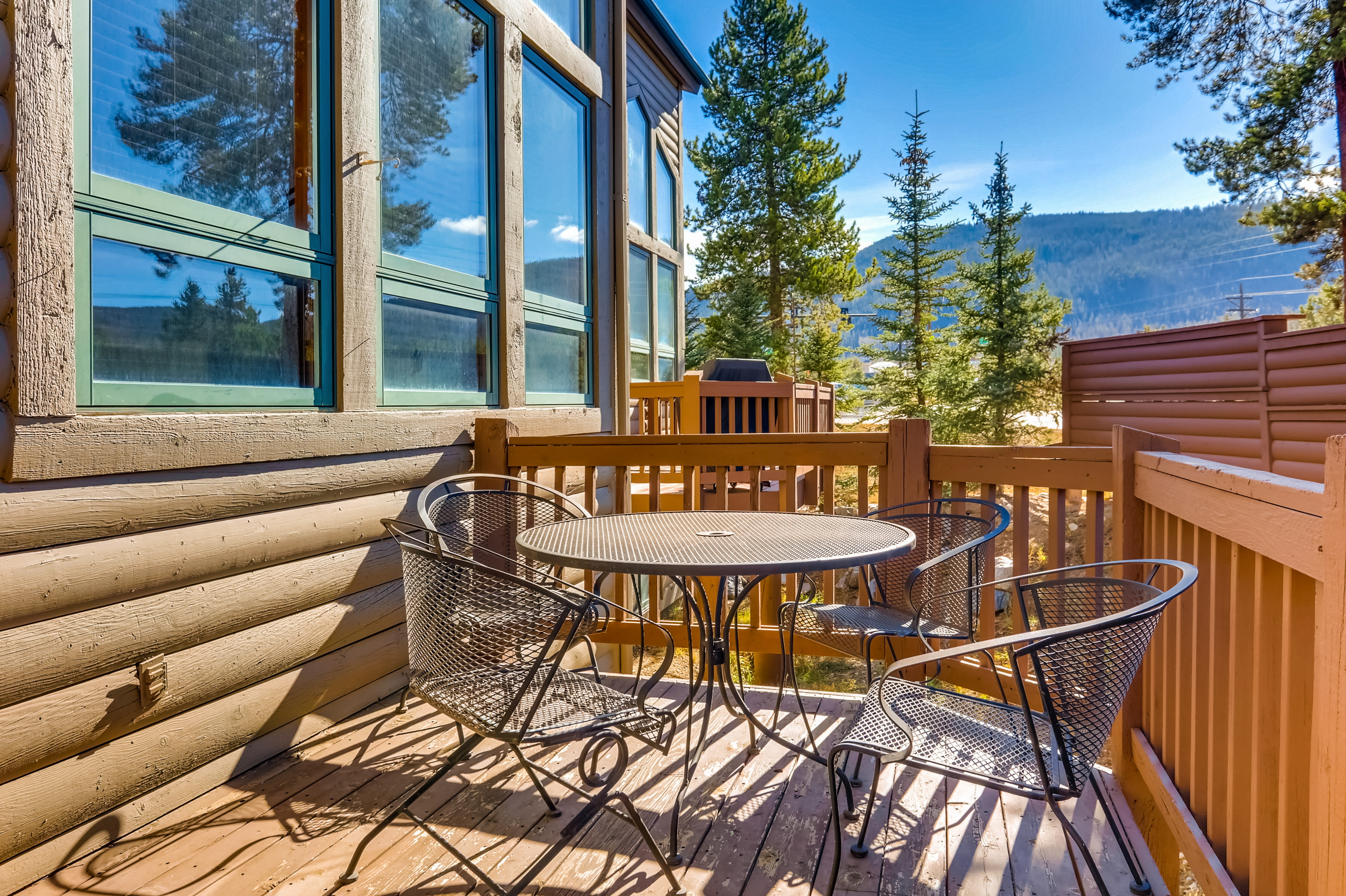 Enjoy the beautiful sunshine and fresh mountain air on the deck.
