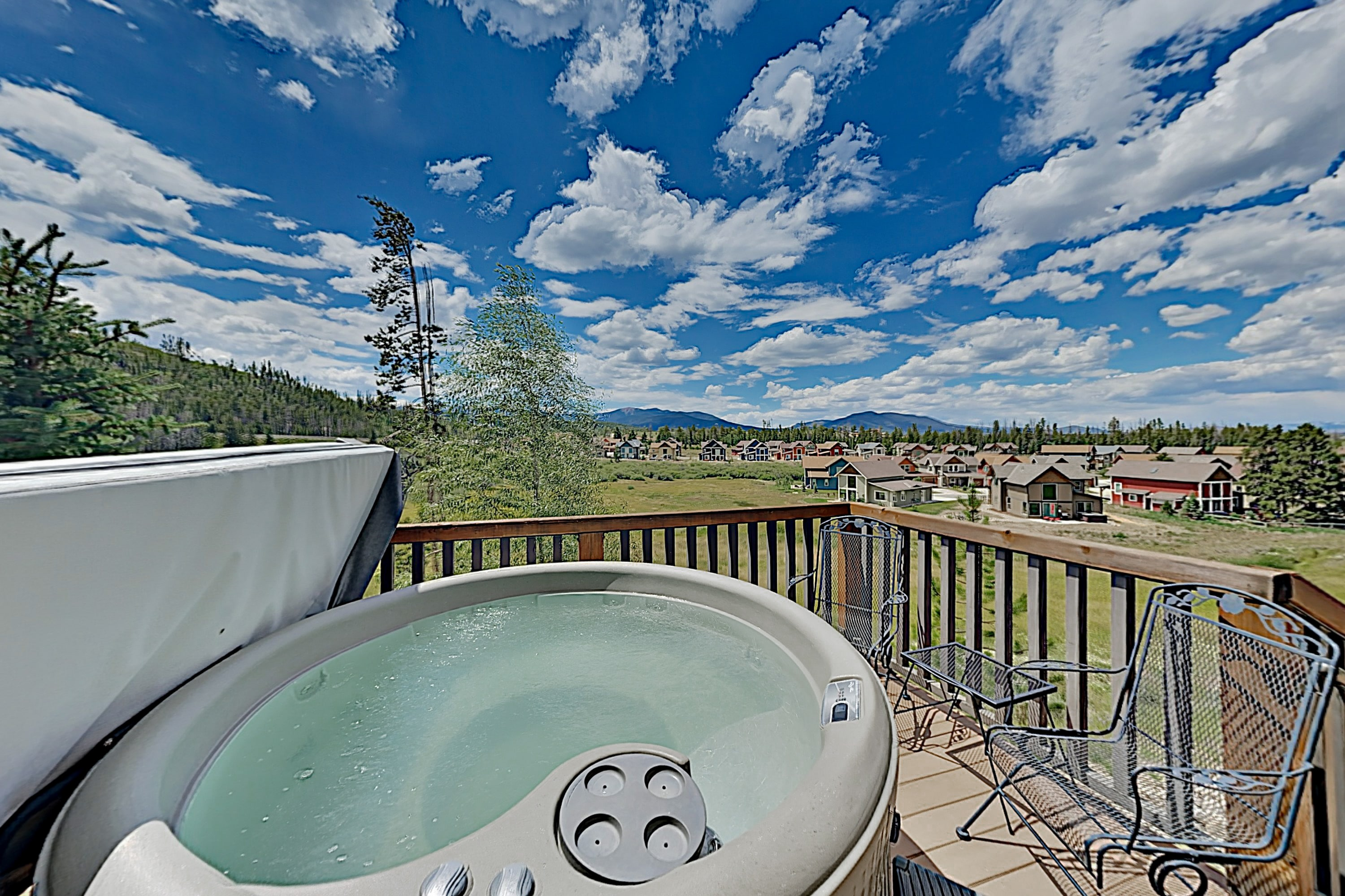 All-Suite Retreat w/ Private Hot Tub & Gas Grill