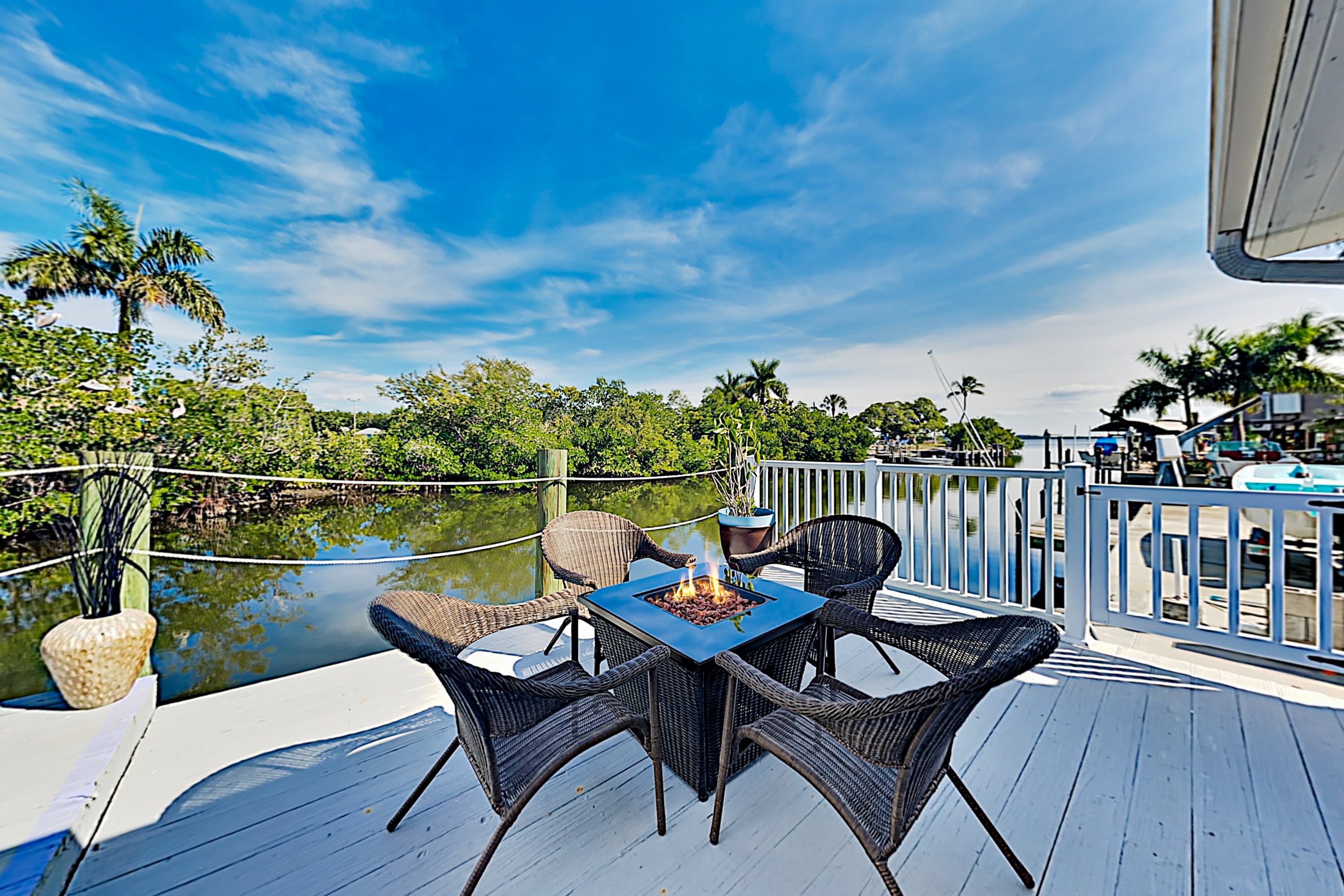 Property Image 2 - Pelican Shack | Waterfront, Guest House & 20' Dock