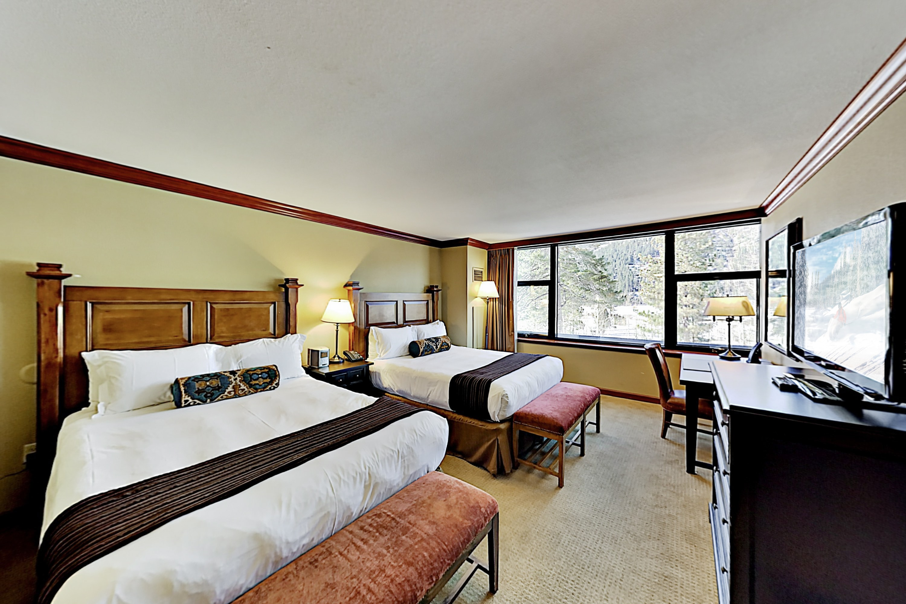 Ski-In, Ski-Out Squaw Creek Suite | Pools & Spa