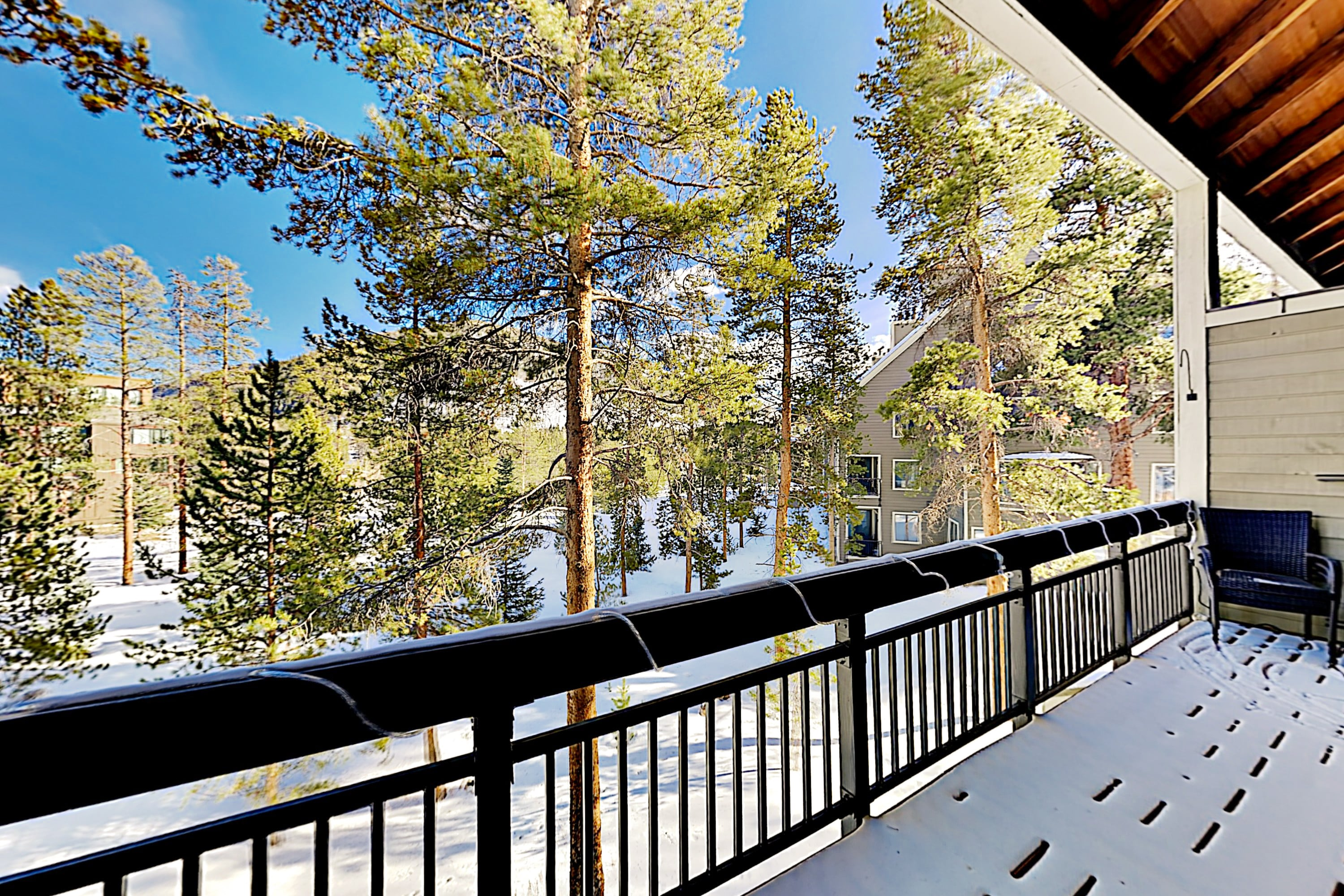 The Pines Condo | Pool & Hot Tub | Near the Slopes