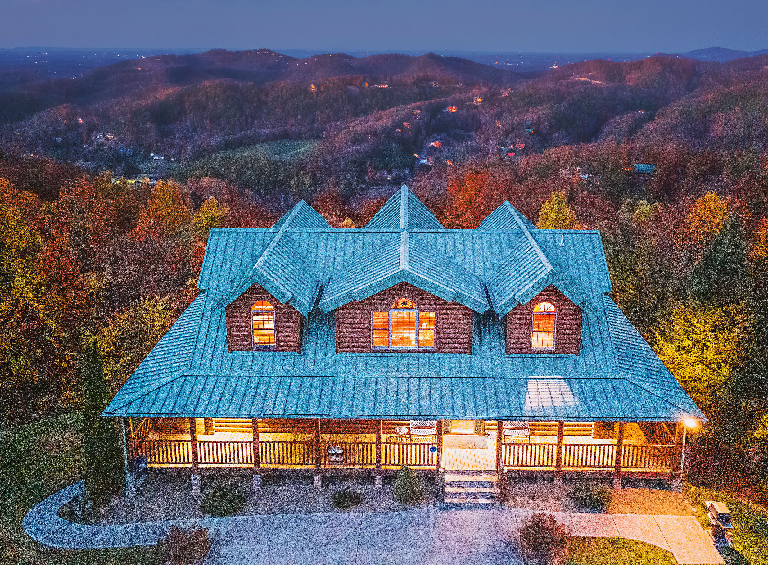Property Image 1 - Soaring Eagle Lodge | Log Cabin | Majestic Views