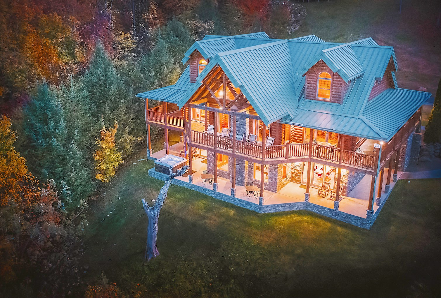 Property Image 2 - Soaring Eagle Lodge | Log Cabin | Majestic Views