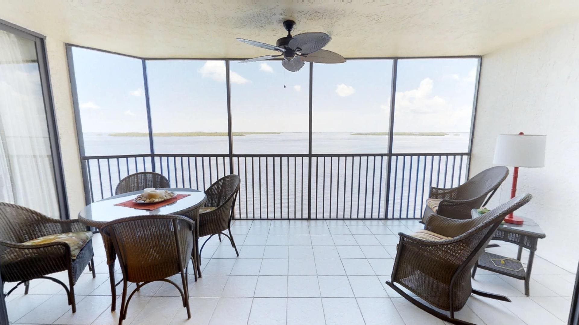 Property Image 2 - Relaxing 2 Bedroom Condo with Spectacular View from Private Lanai
