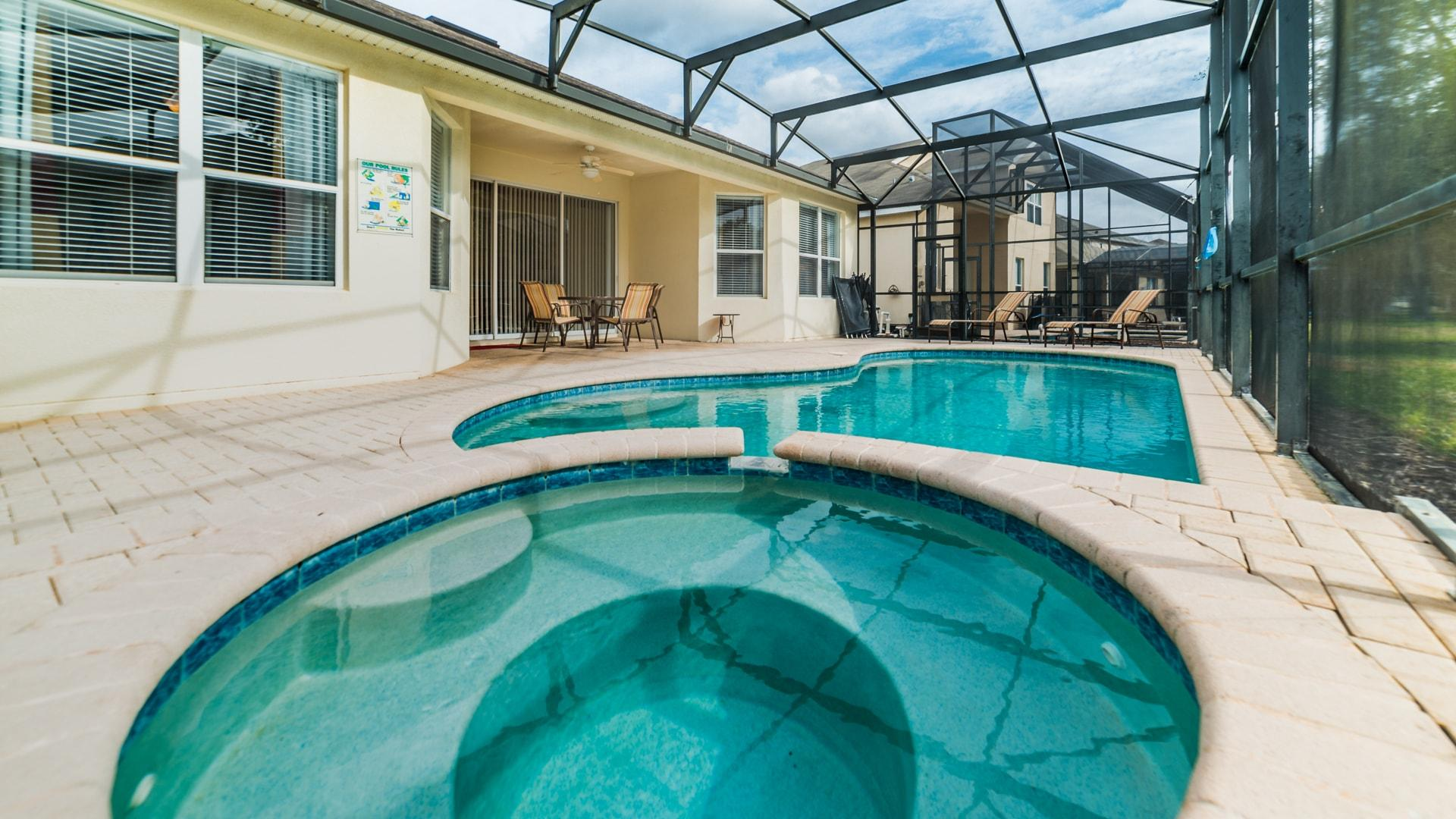 Property Image 2 - Luxury, Five-Bedroom Home with Screened Pool; Near Disney