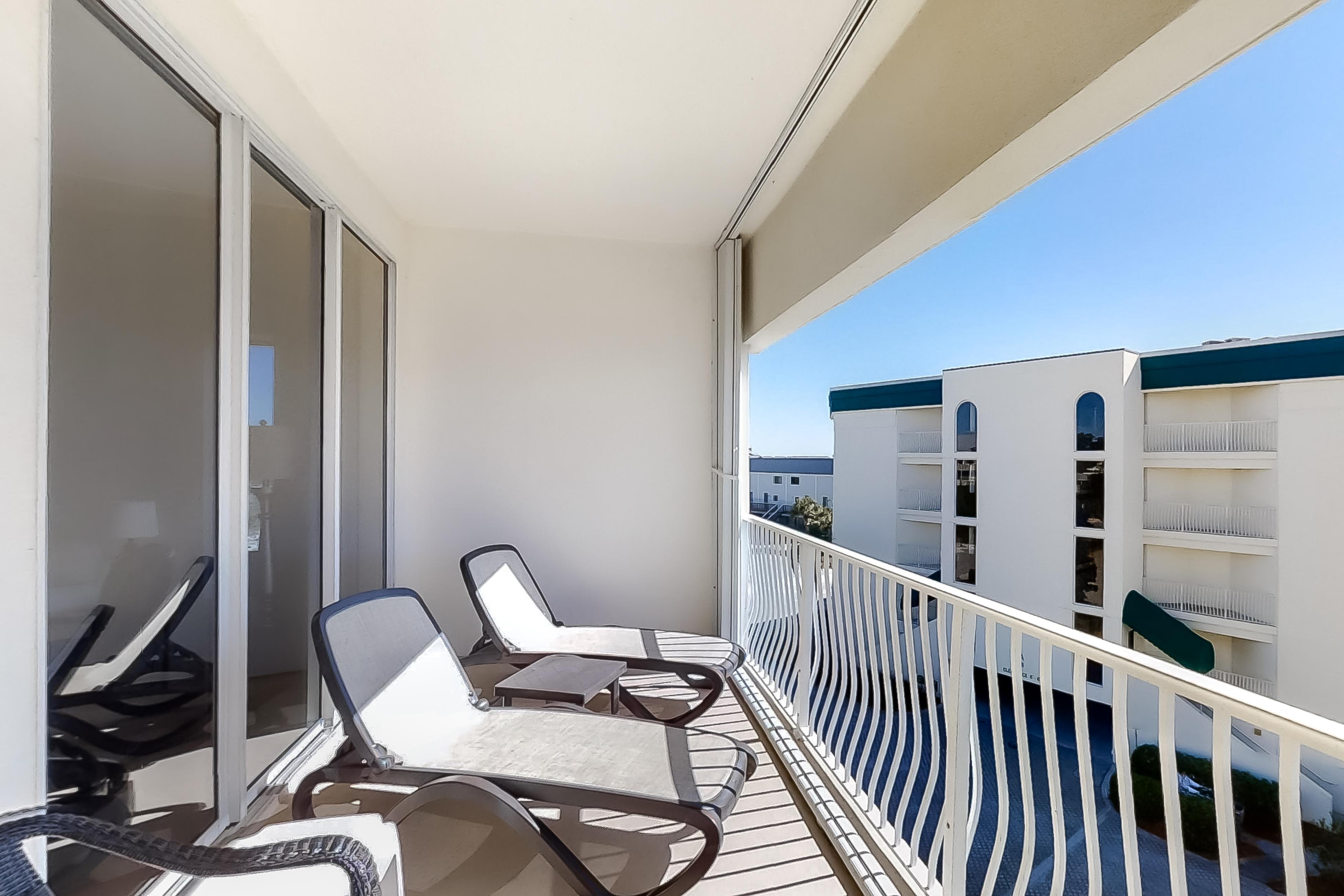 Property Image 2 - Dunes of Seagrove C307