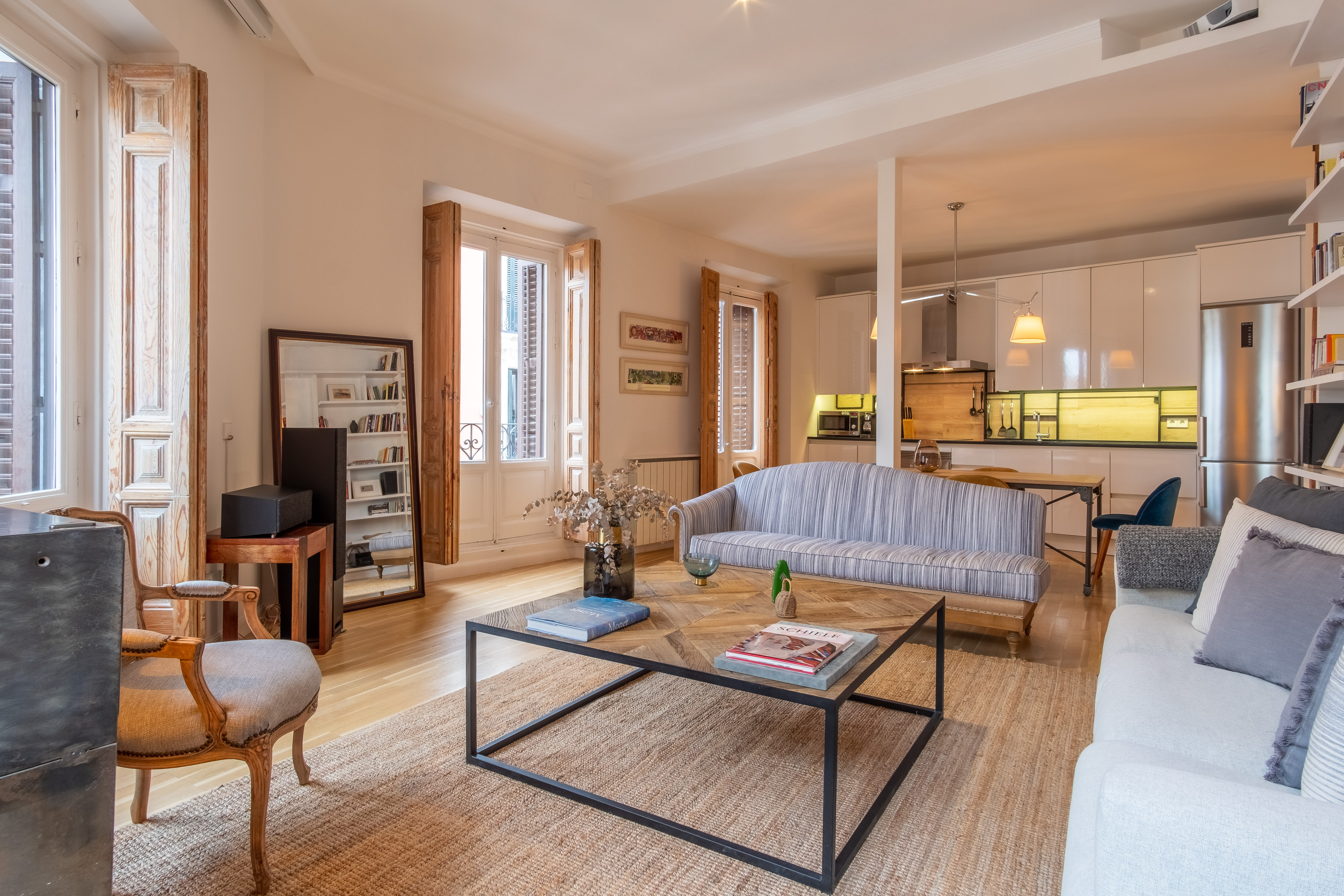 Property Image 1 - Trendy 1 Bedroom Apartment in Chueca