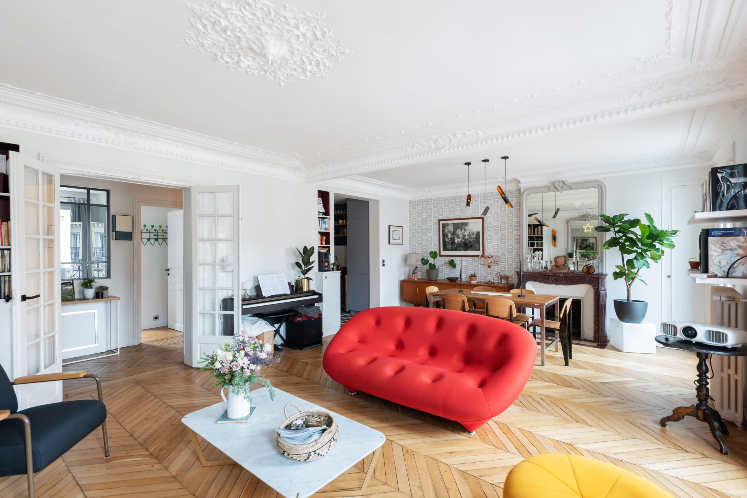 Property Image 2 - Beautiful Haussmannian Flat in the North of the Marais - NOMA