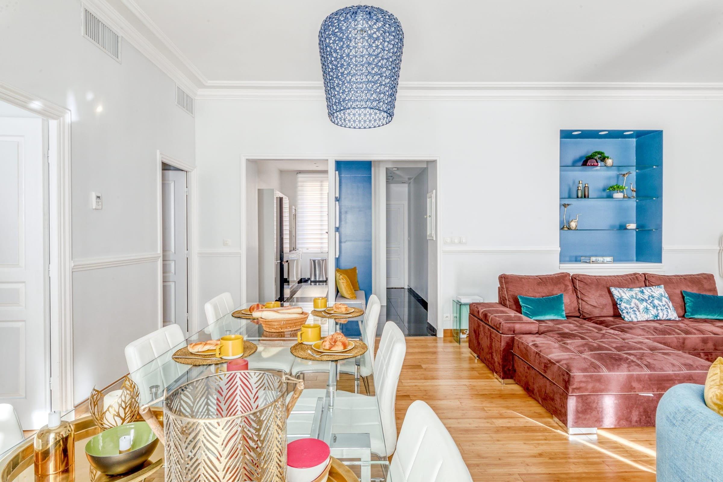 Luxury two bedroom Apartment near Le Vieux and Croisette