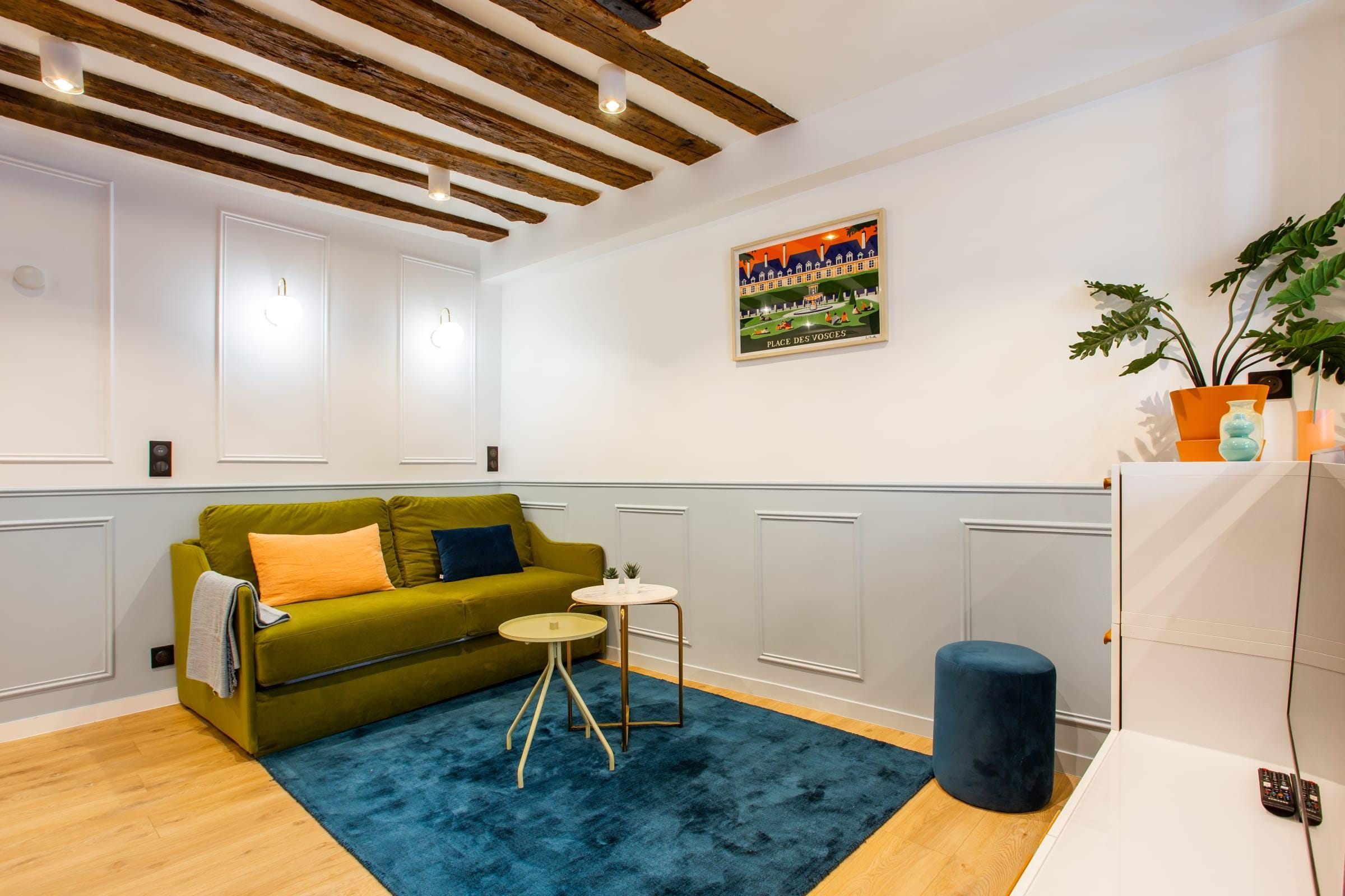 Property Image 2 - Le Marais Gorgeous One-Bedroom Apartment with Queen Bed