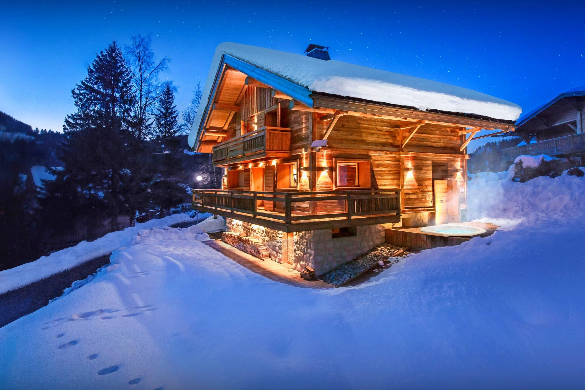 Property Image 1 - Beautiful Lodge With Jacuzzi