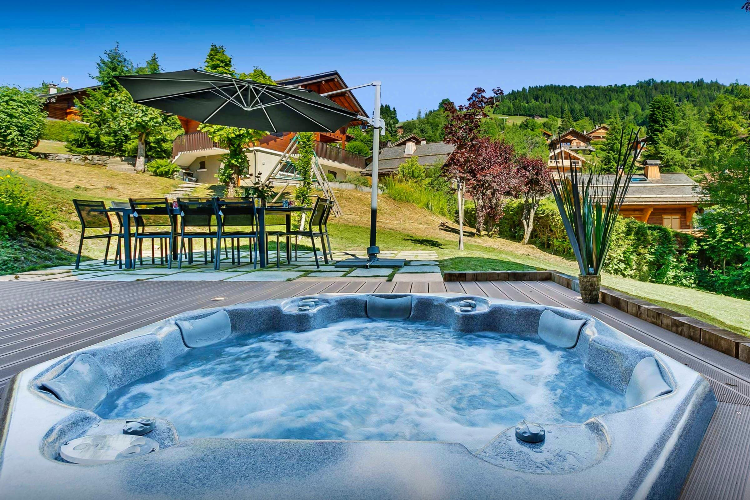 Property Image 2 - Beautiful Lodge With Jacuzzi