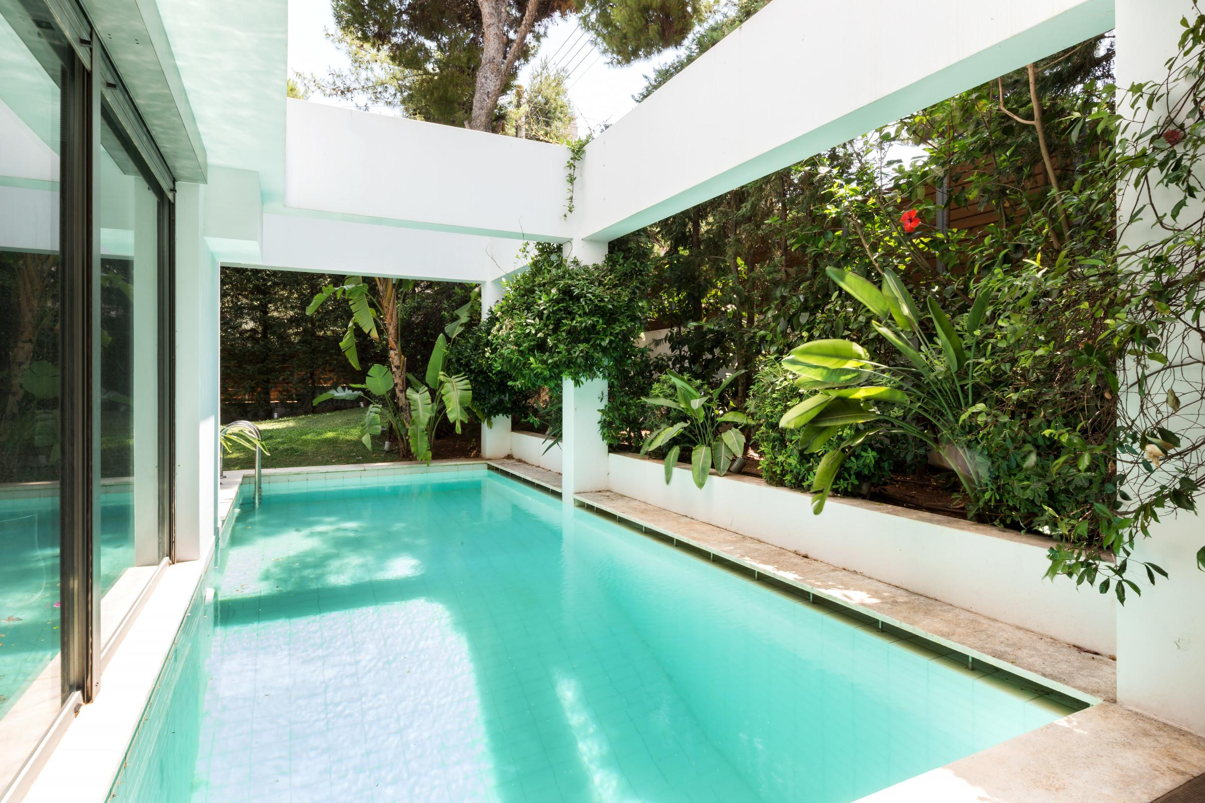 Property Image 1 - Luxury Condo with Private Pool and Garden 5 min From Beach
