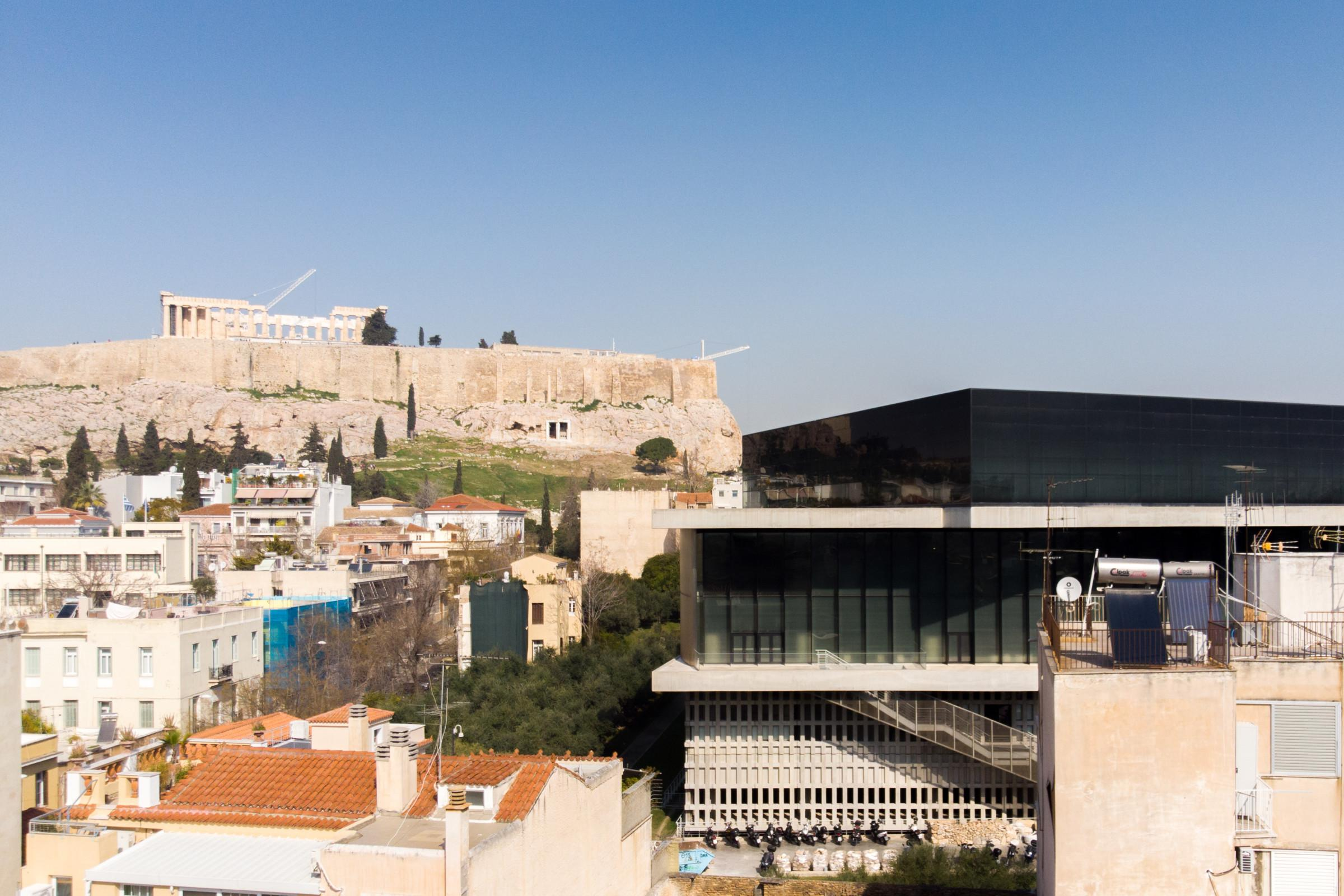 Property Image 1 - 6BR Townhouse with Huge Roof Terrace and Acropolis View