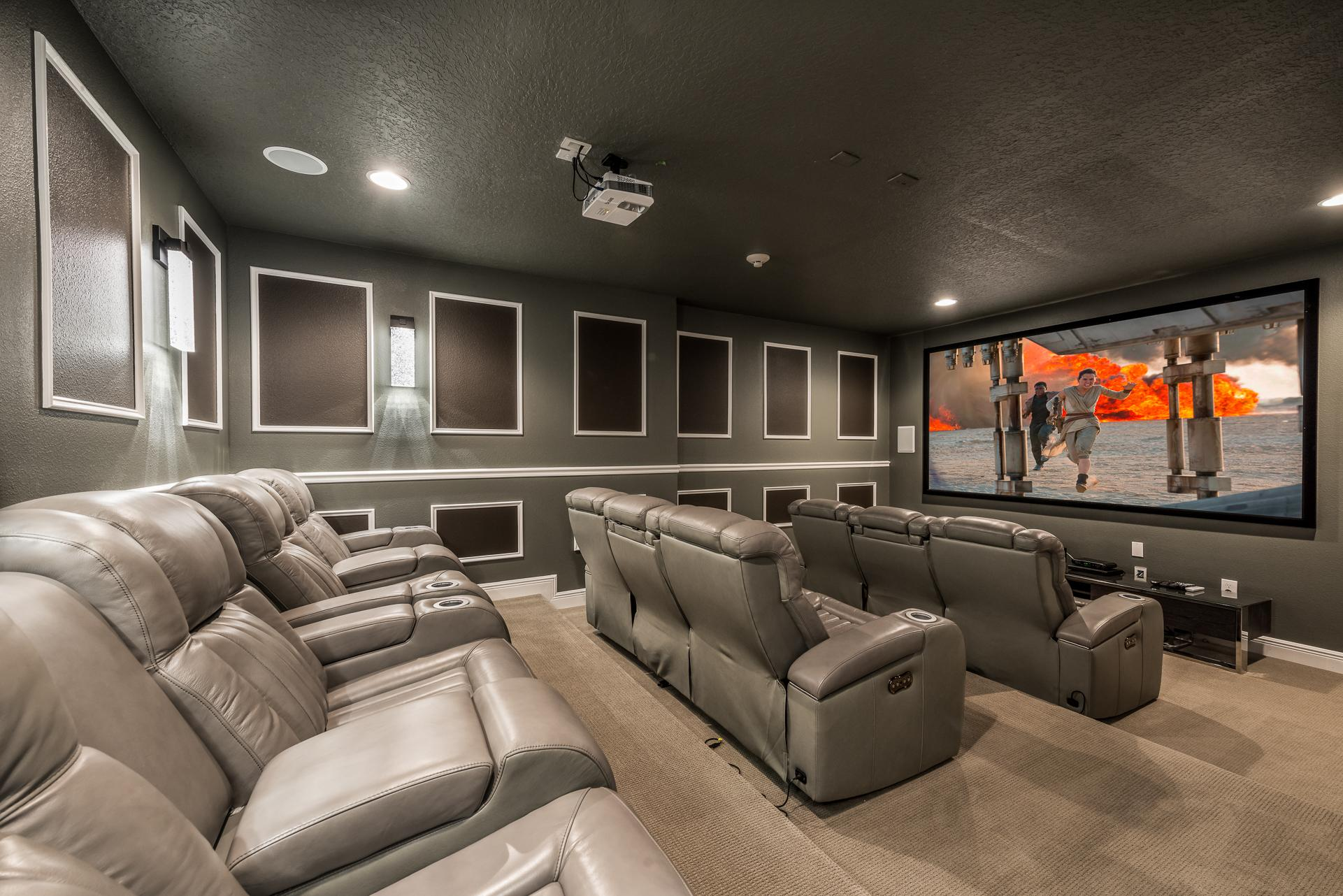 Property Image 2 - Modern Villa with Home Theater in Encore