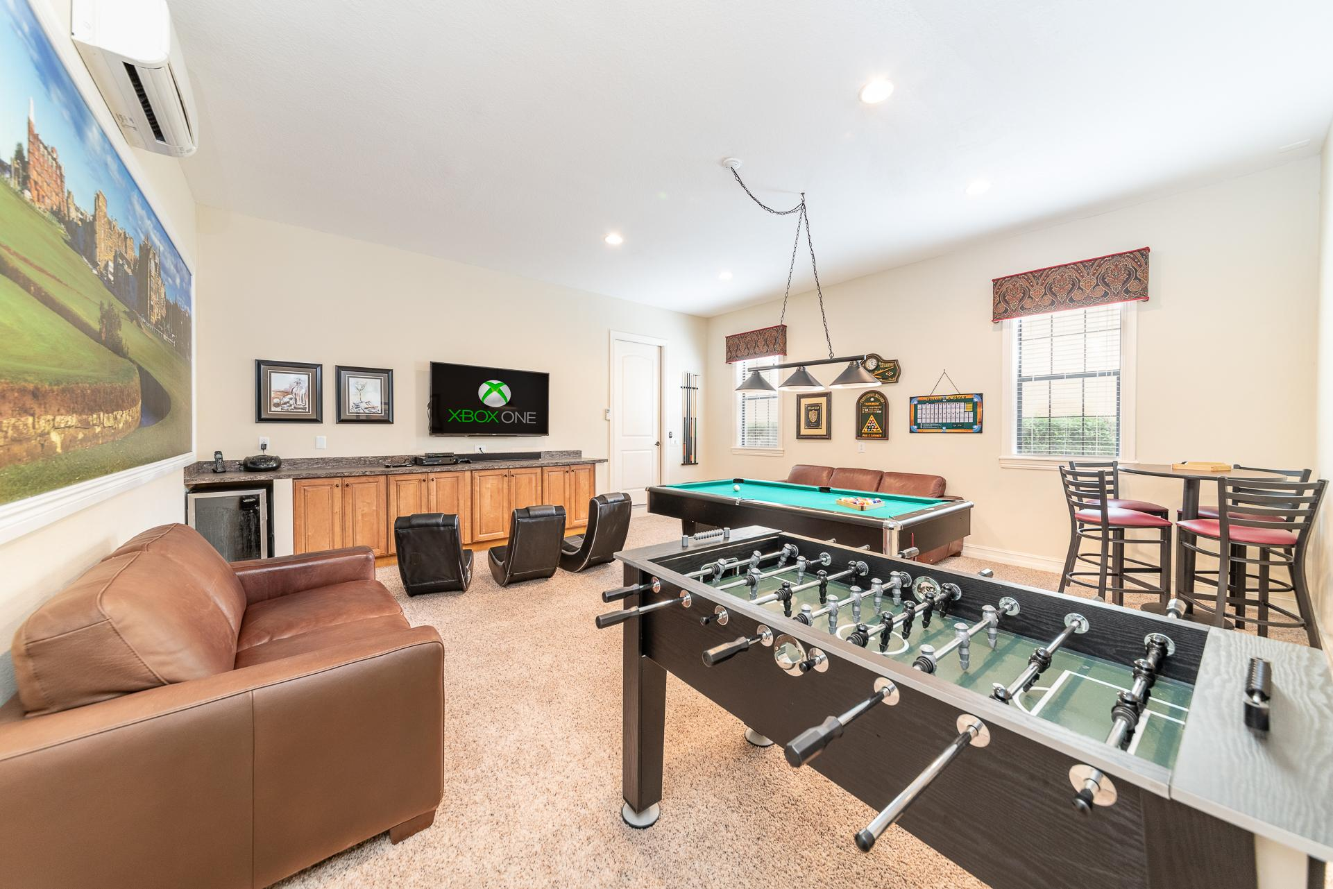Property Image 2 - Bright Retreat with Large Game Room at Reunion