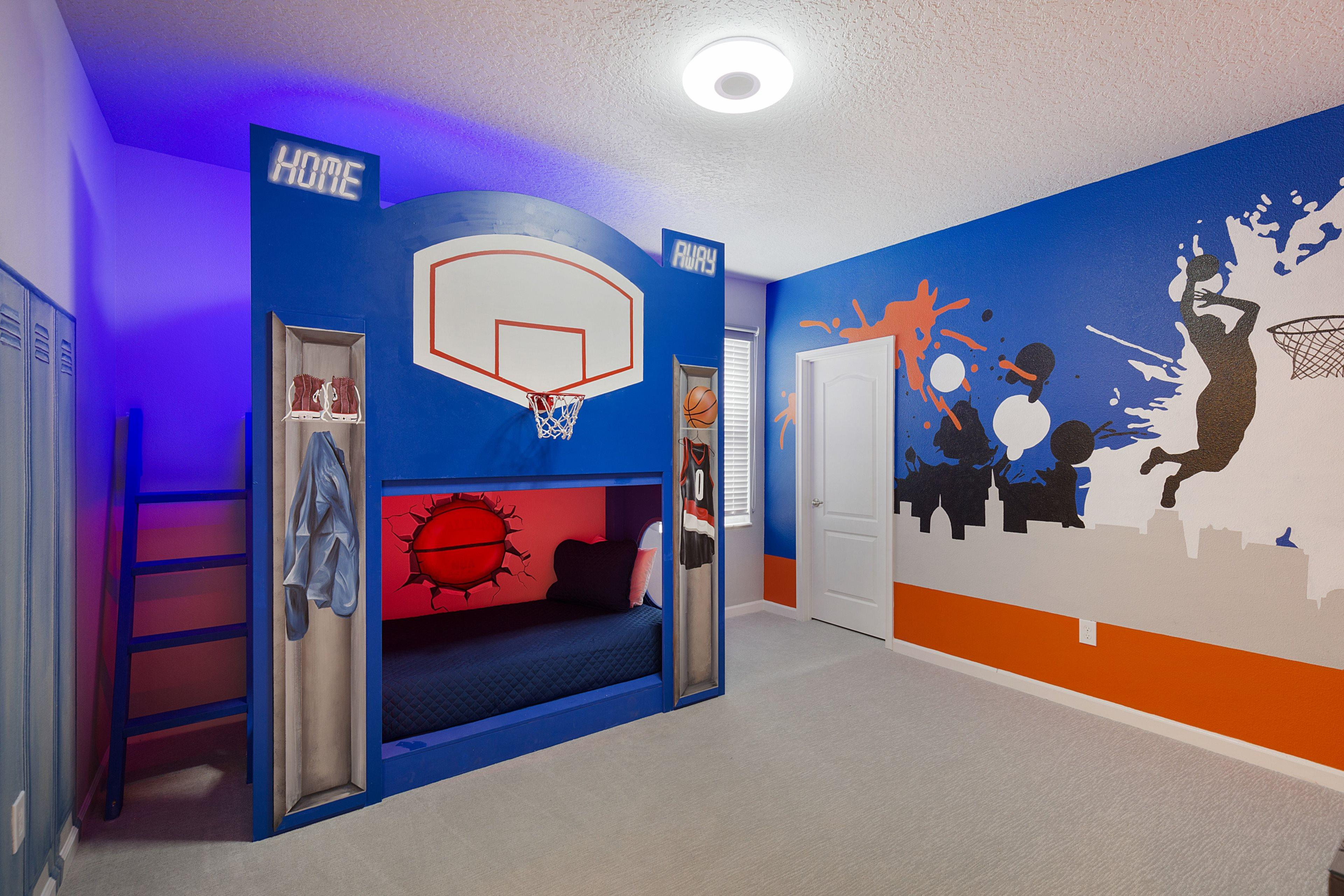 Property Image 2 - Stylish House with Sports Fun in Solterra