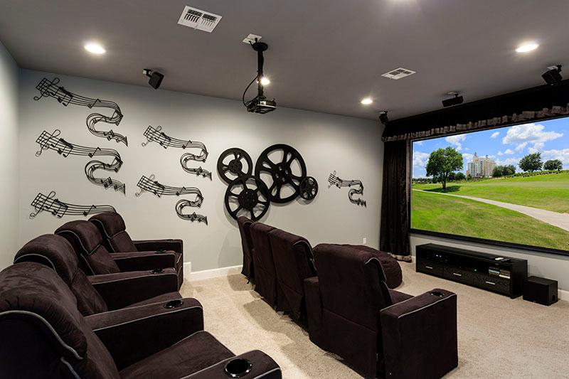 Delightful Villa with Home Theater at Reunion