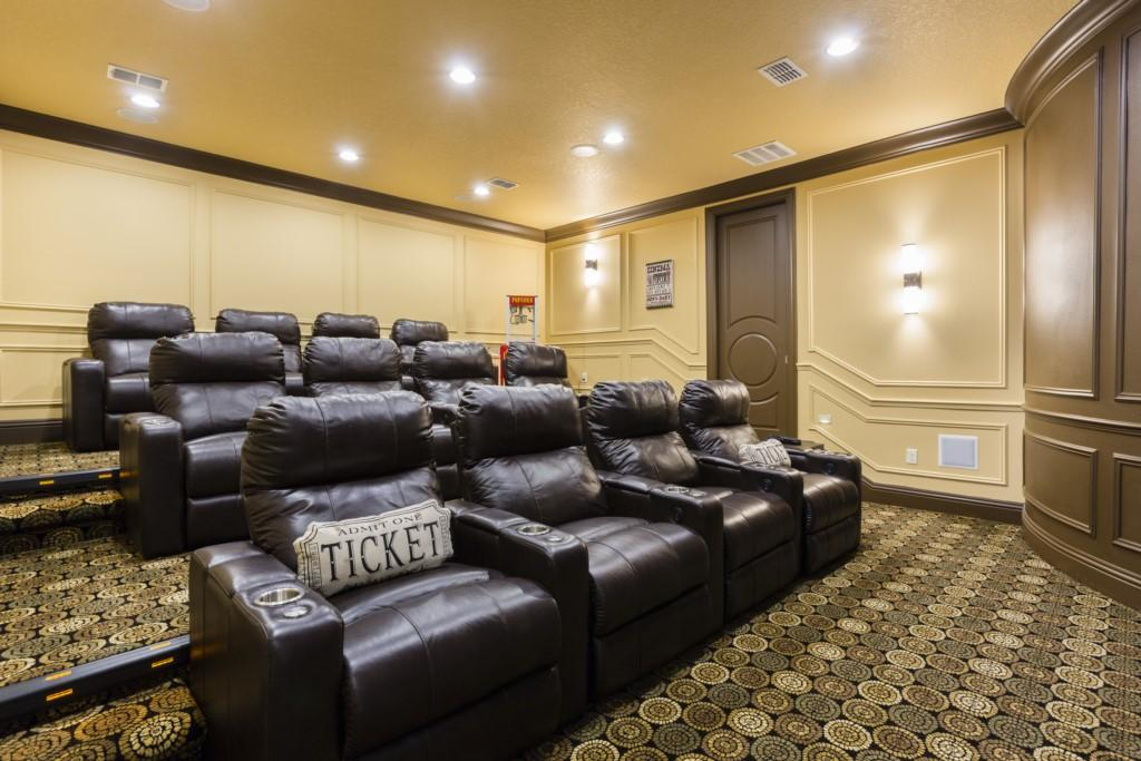 Delightful Haven with Theater Room at Reunion