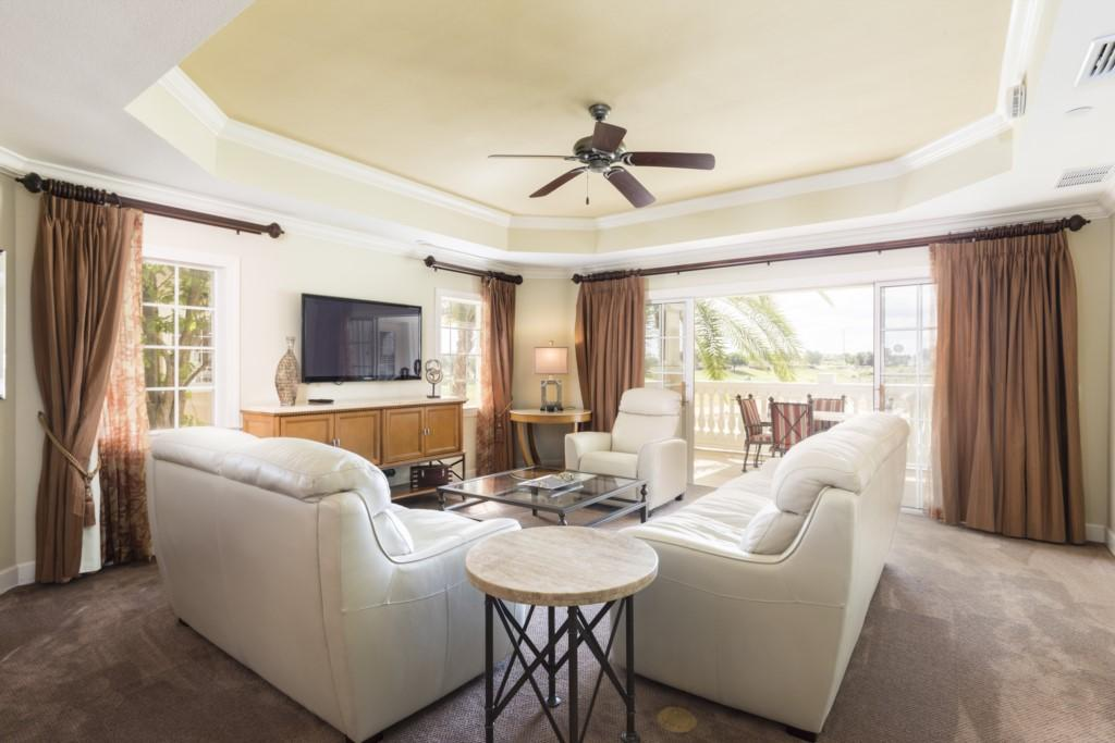 Chic Condo Overlooking Golf Course at Reunion