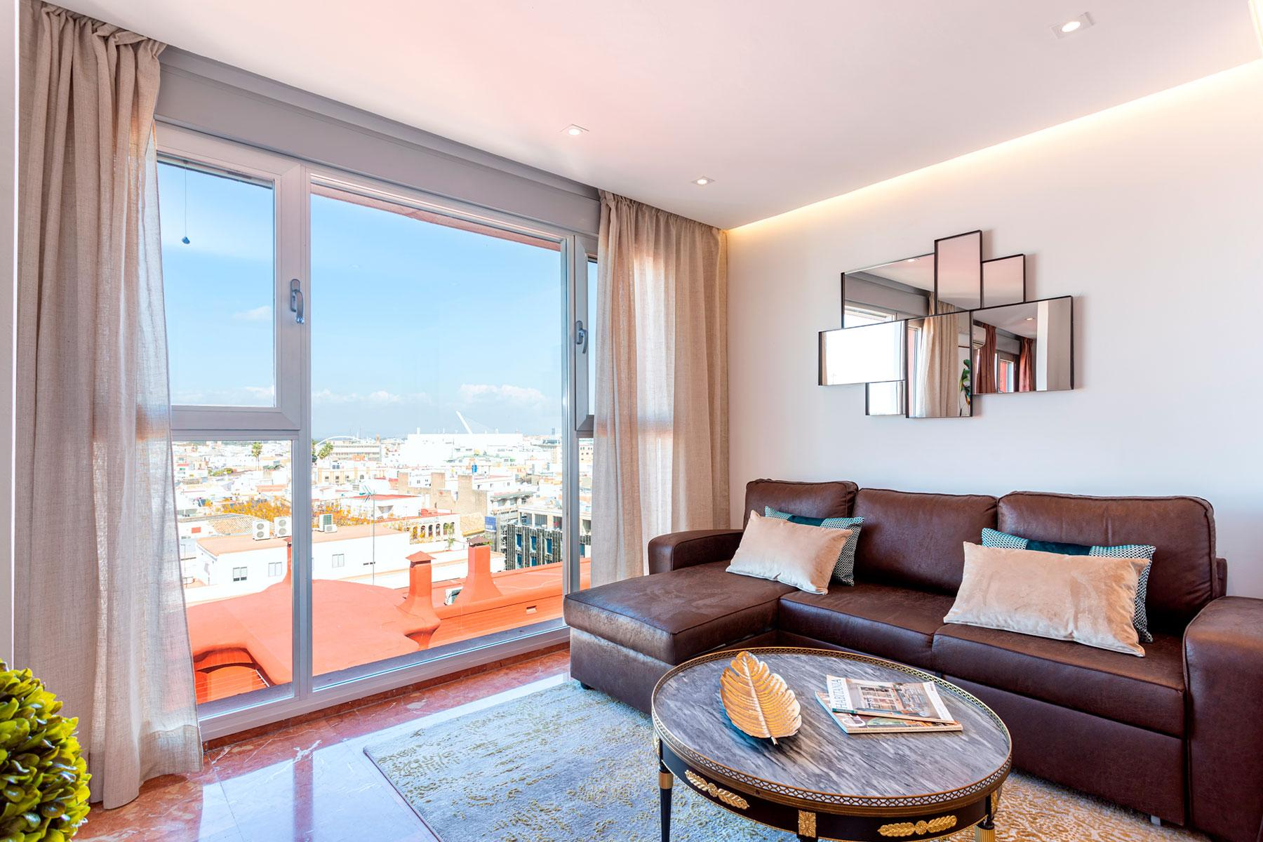 Property Image 2 - Modern San Pablo VI Apartment with Stunning City views