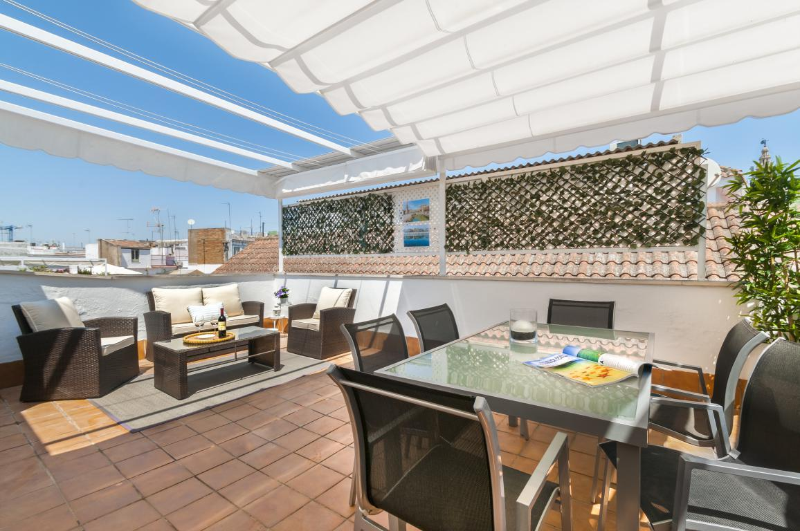 Property Image 1 - Exclusive 2 bedrooms Duplex with 2 terraces in the heart of Seville