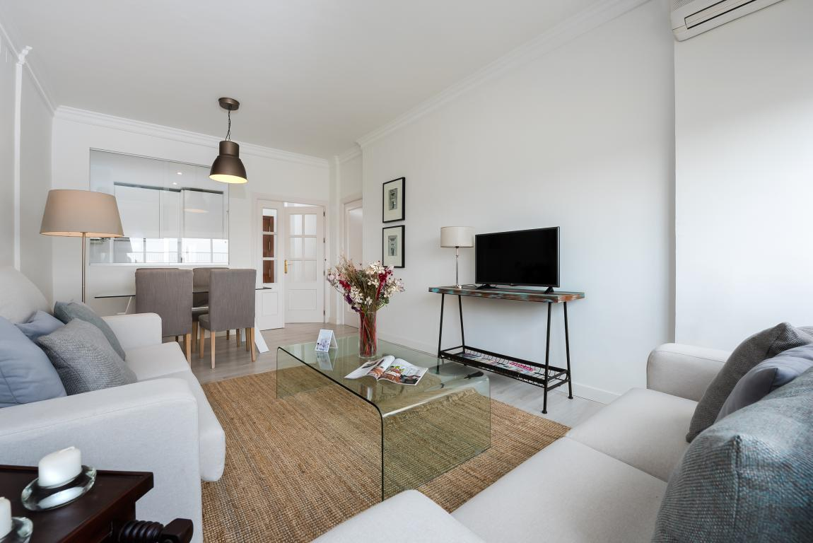 Property Image 2 - Bright Apartment with Views of Metropol Parasol