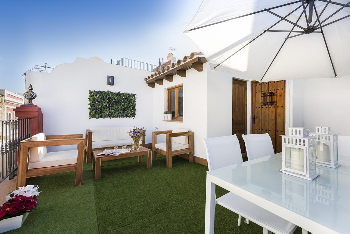 Property Image 2 - Beautifully Updated, Historic Home with Rooftop Terrace