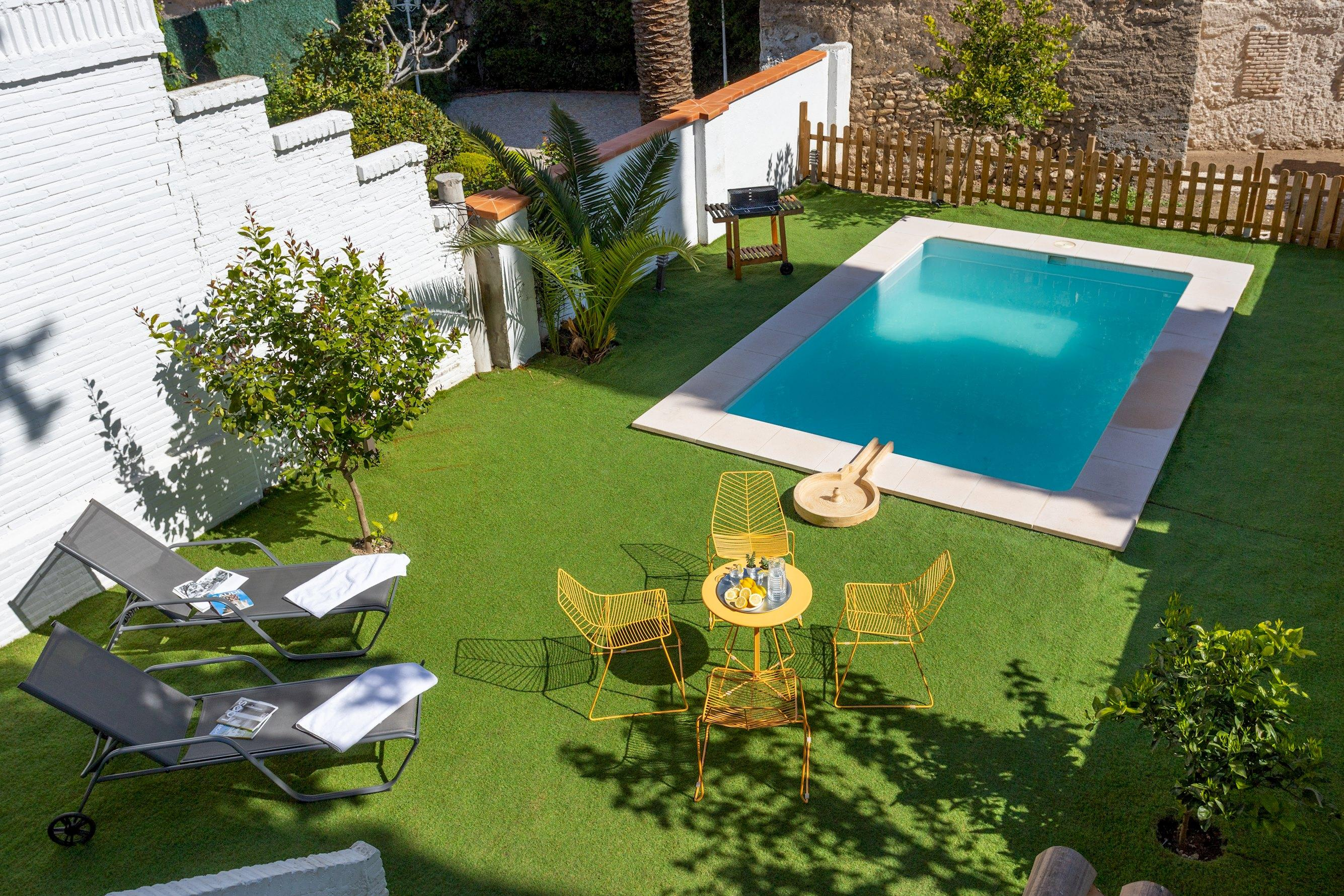 Fabulous San Nicolas House with Private Garden and Pool