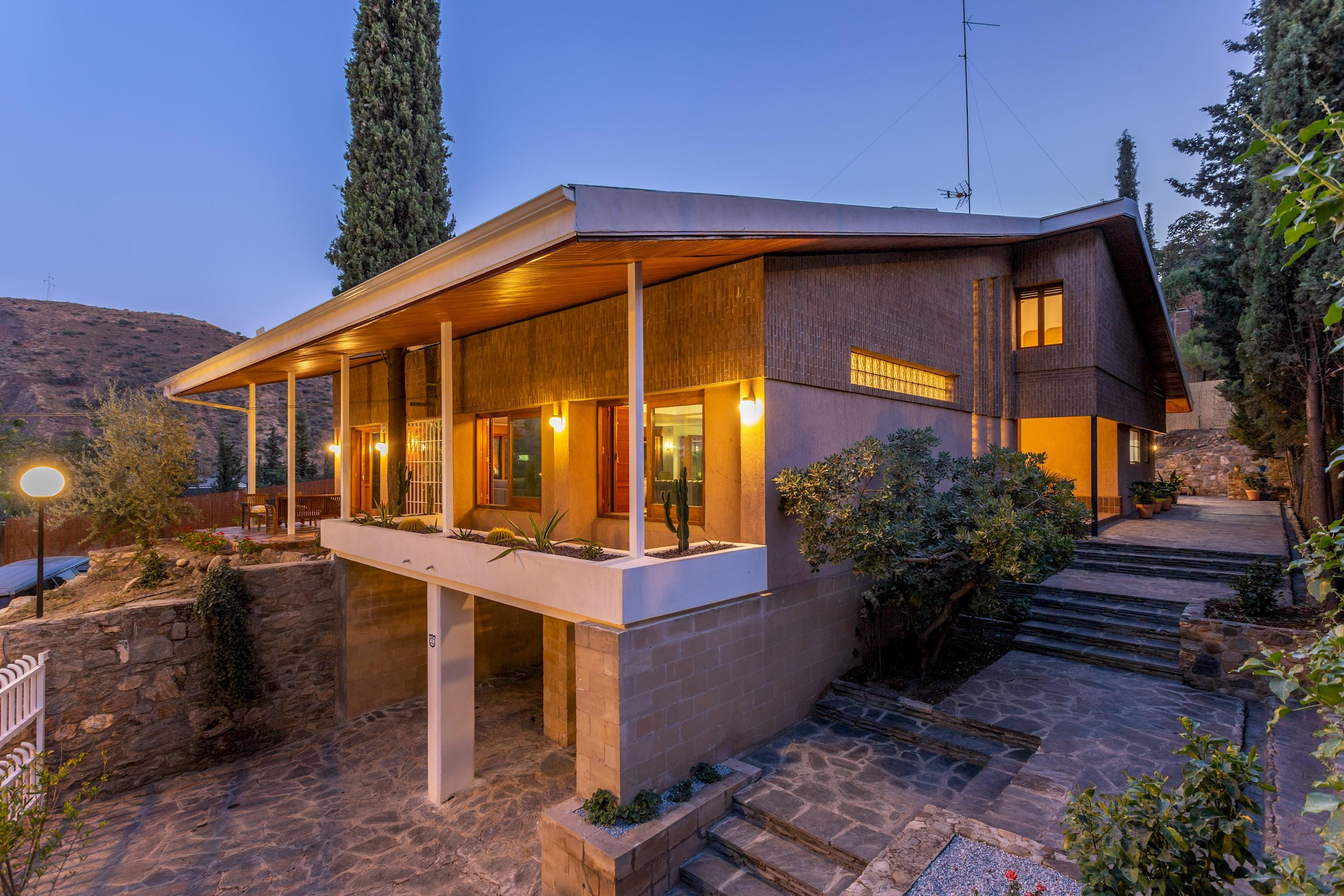Dreamlike Spacious Villa on the Outskirts of Granada