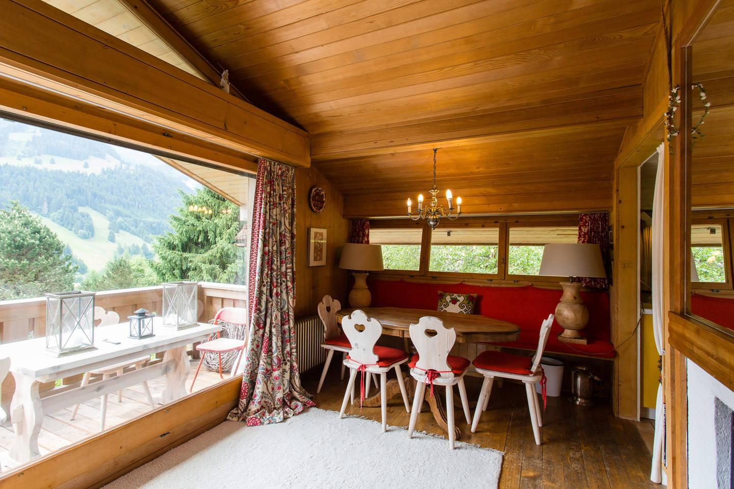 Beautiful Sunshine Chalet designed with Love and Care