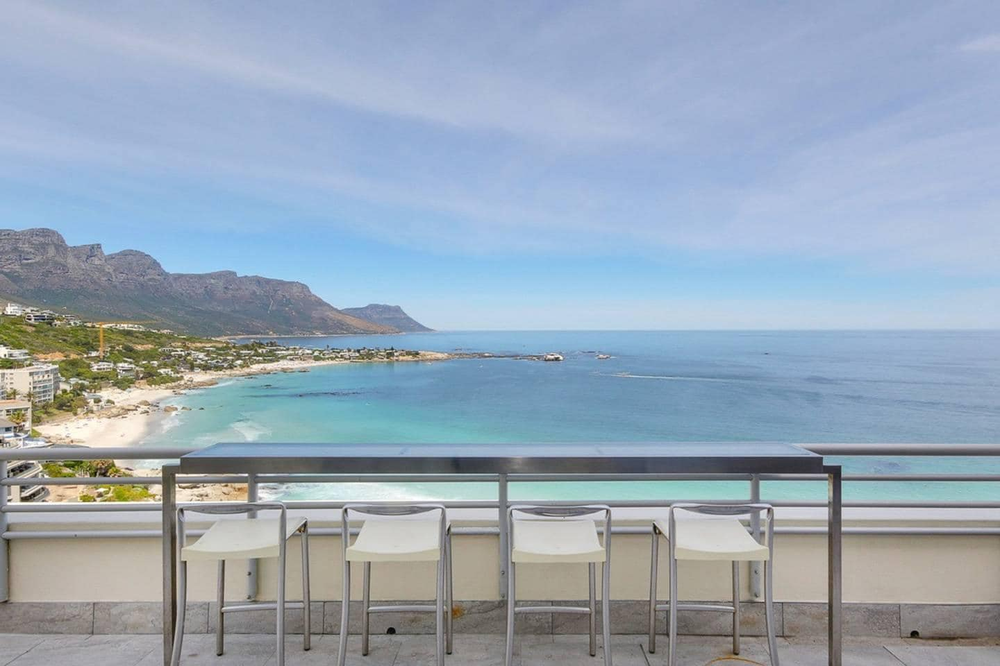 Property Image 1 - Secure Three Bedroom Penthouse with Captivating Ocean and Mountain Views