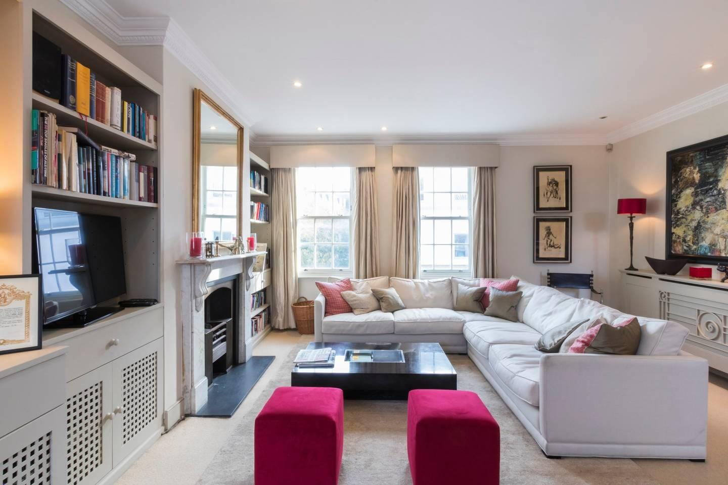 Property Image 1 - Stunning Battersea Three-Bedroom Townhouse with Unique Garden