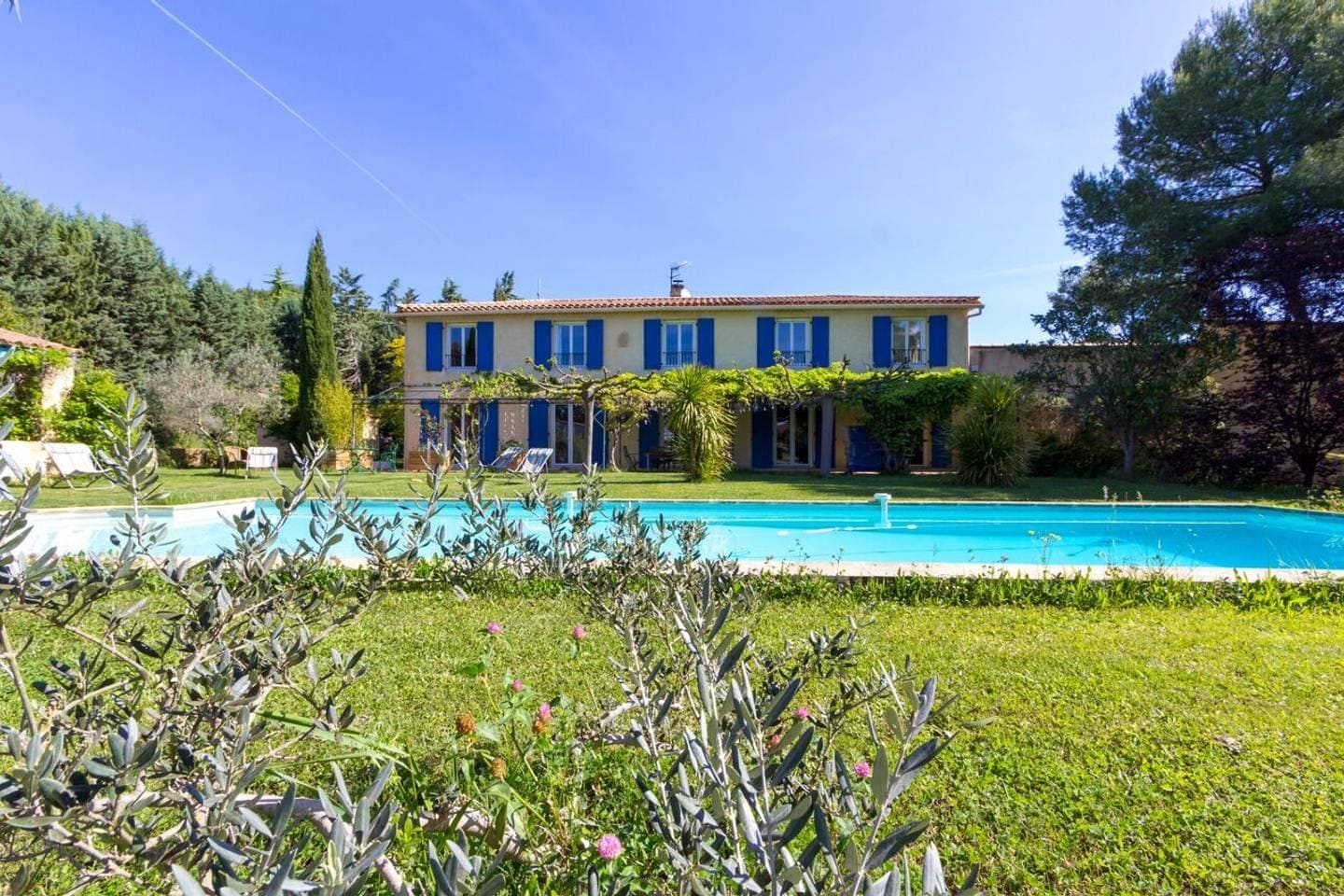 Villa of Charms with Vast Gardens and Pool