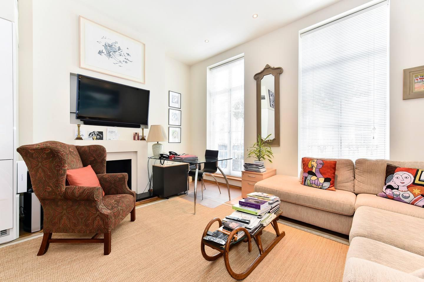 Property Image 2 - Elegant Pimlico flat for 6 guests w/ rooftop terrace