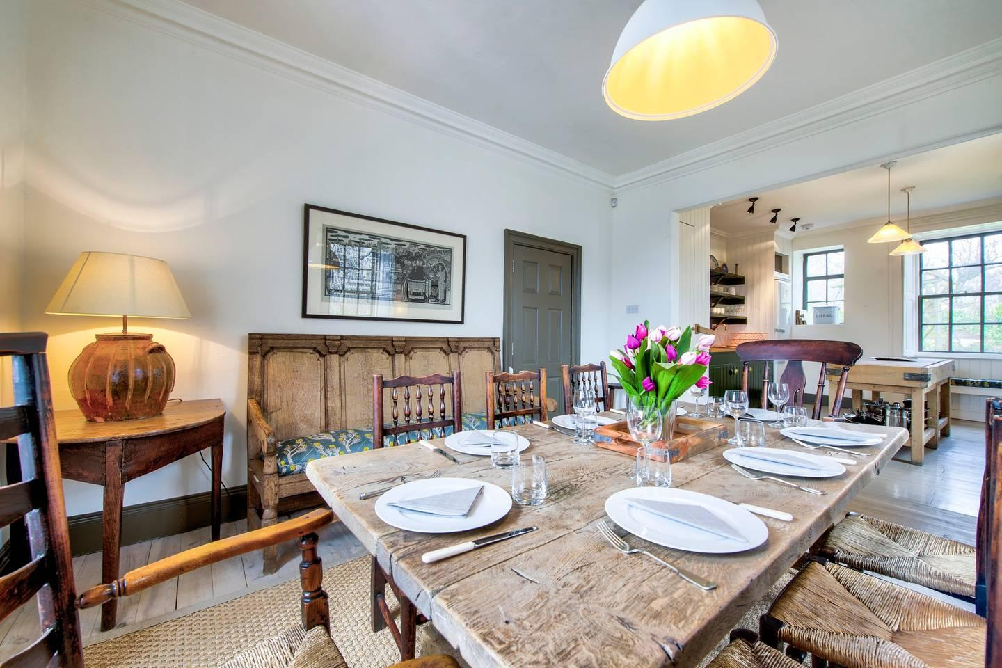 Property Image 2 - Historic 4-bedroom Home in Heart of Edinburgh