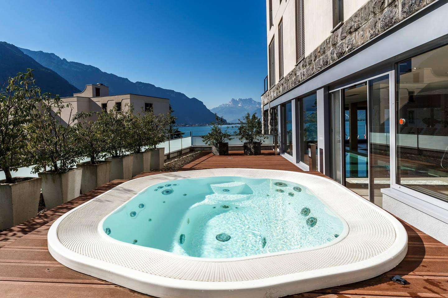 Property Image 2 - Luxury 4BD Apartment in Montreux Center&Lake