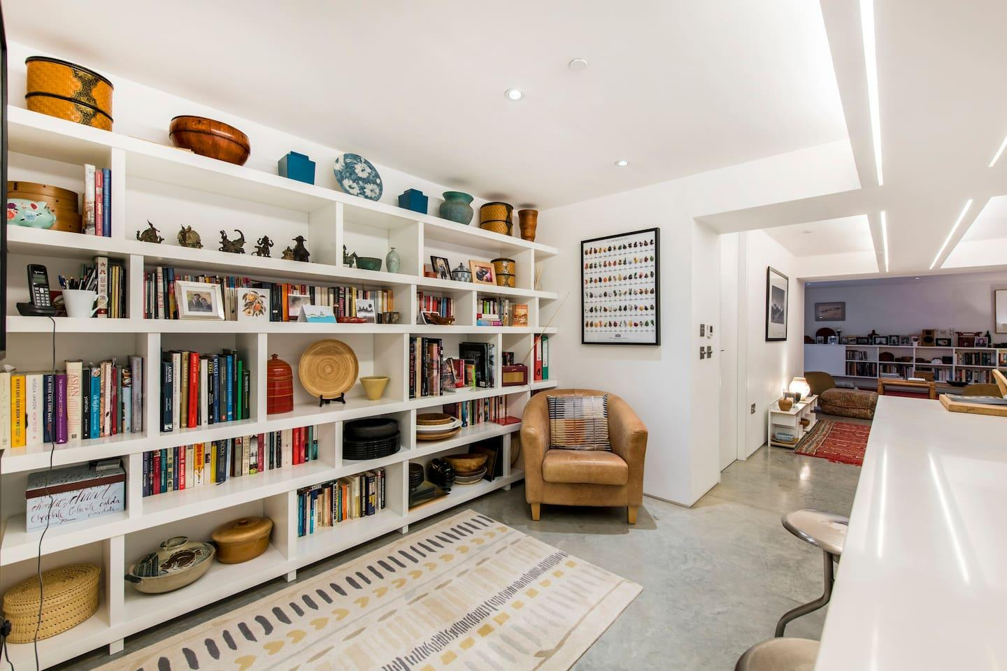 Property Image 2 - Sophisticated and Creative Pimlico Apartment