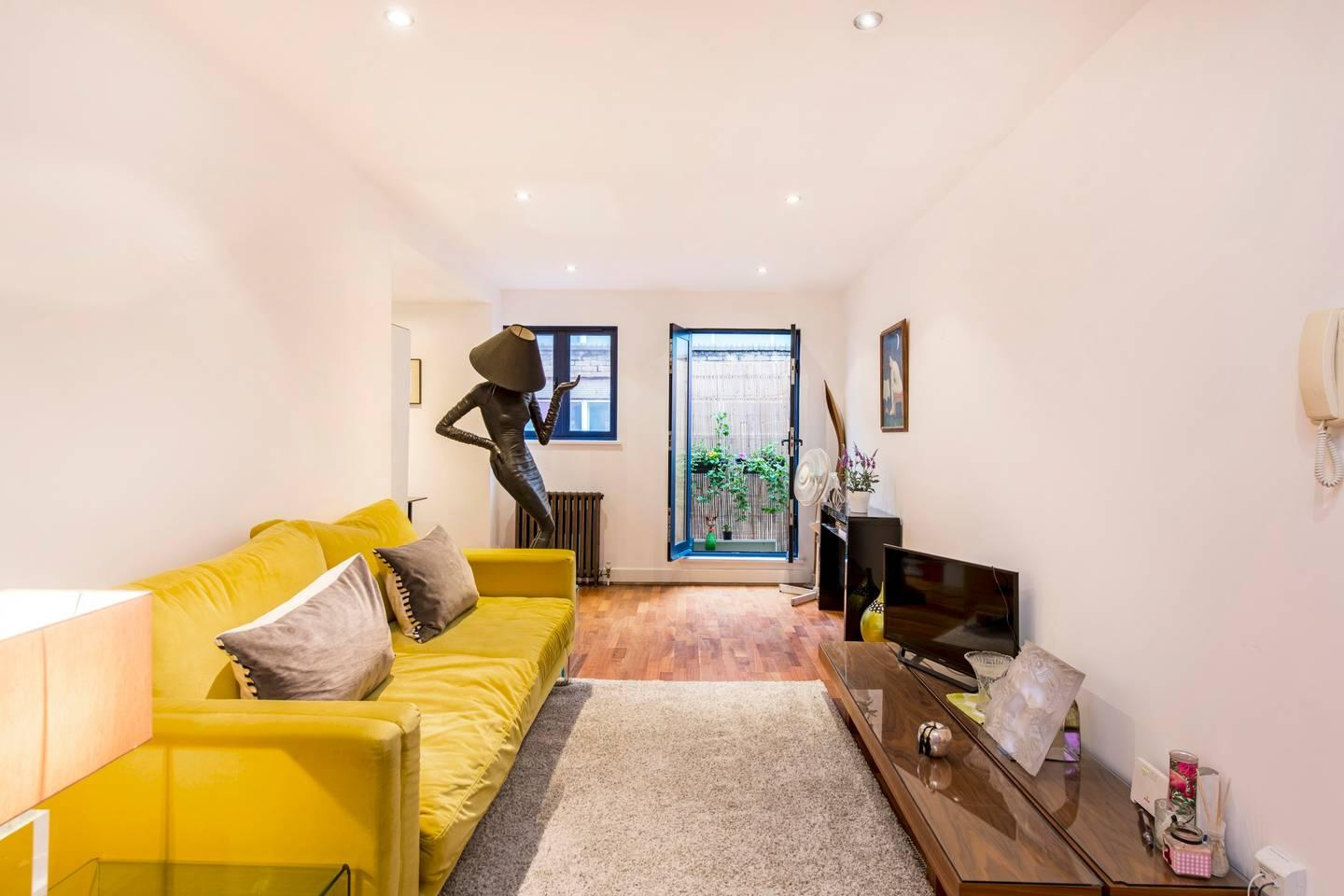 Property Image 1 - Quirky Apartment on the Iconic Bermondsey Street