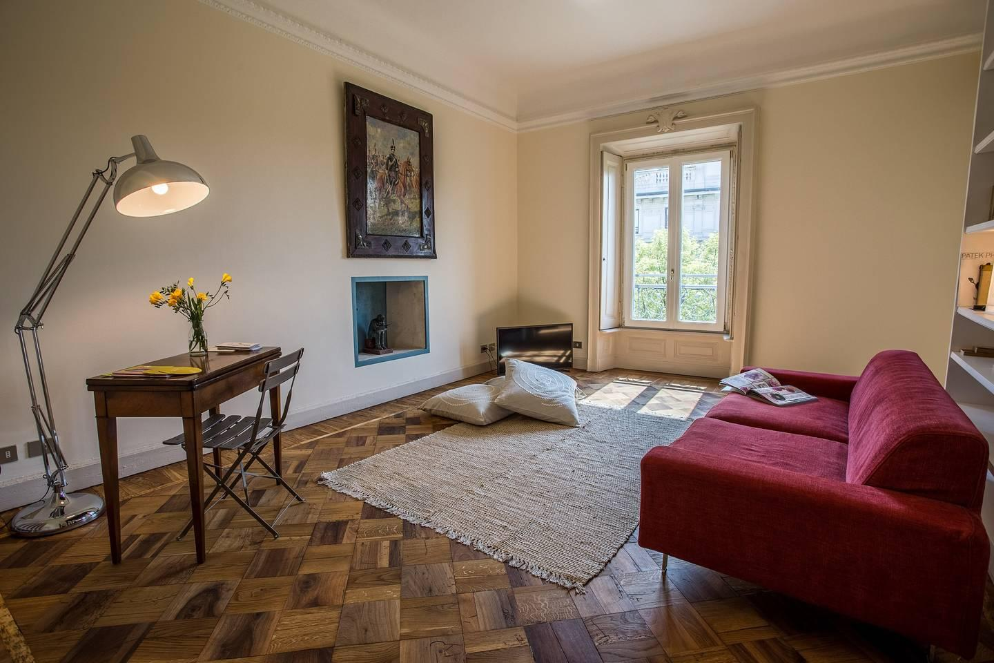 Two-Bedroom Flat in Central Milan