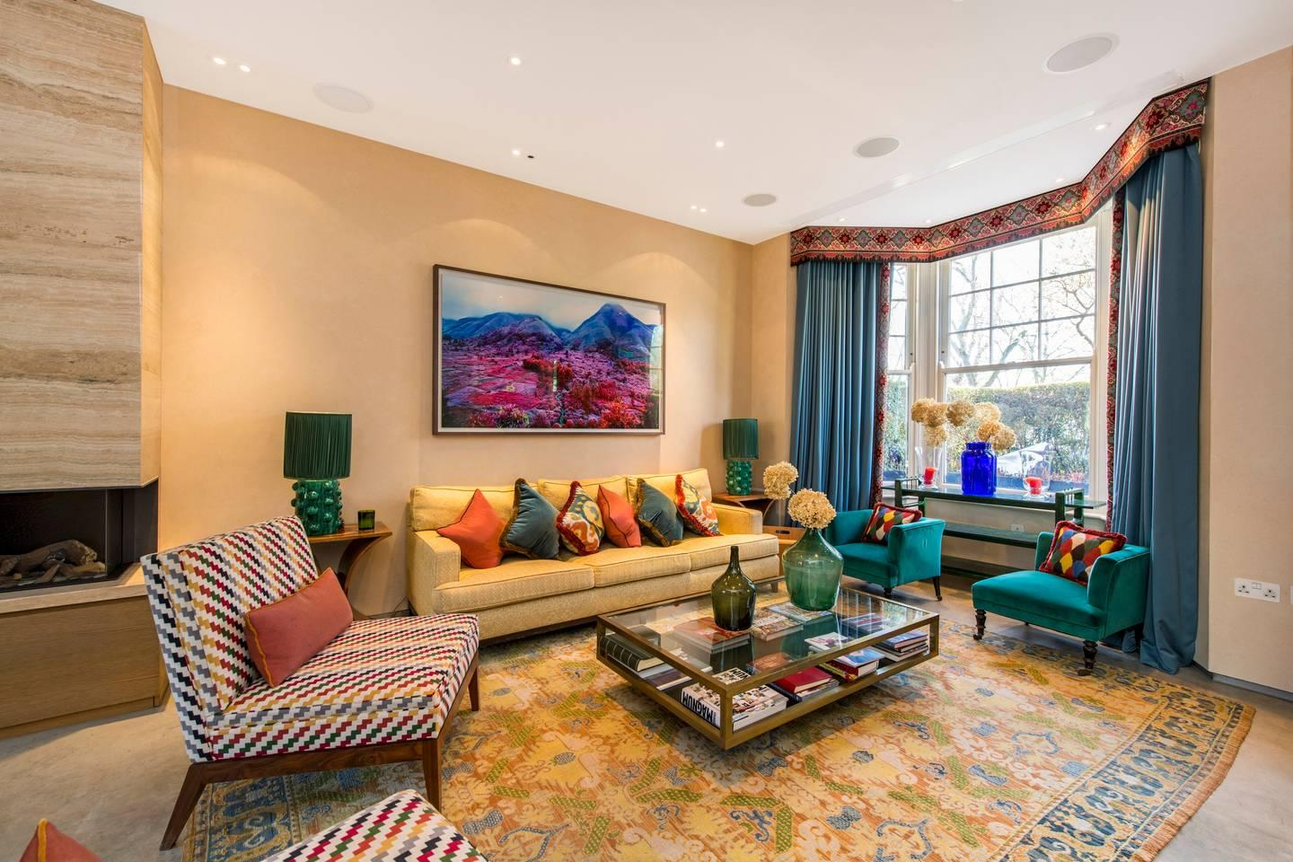 Property Image 1 - Colourful and Sophisticated Queen's Park Townhouse