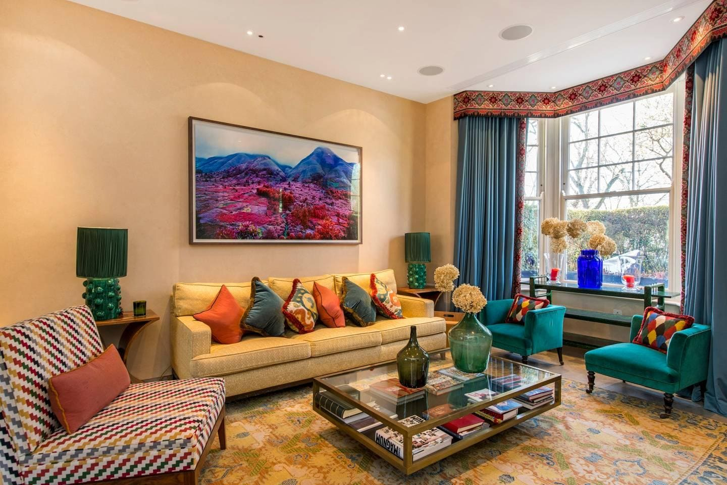 Property Image 2 - Colourful and Sophisticated Queen's Park Townhouse