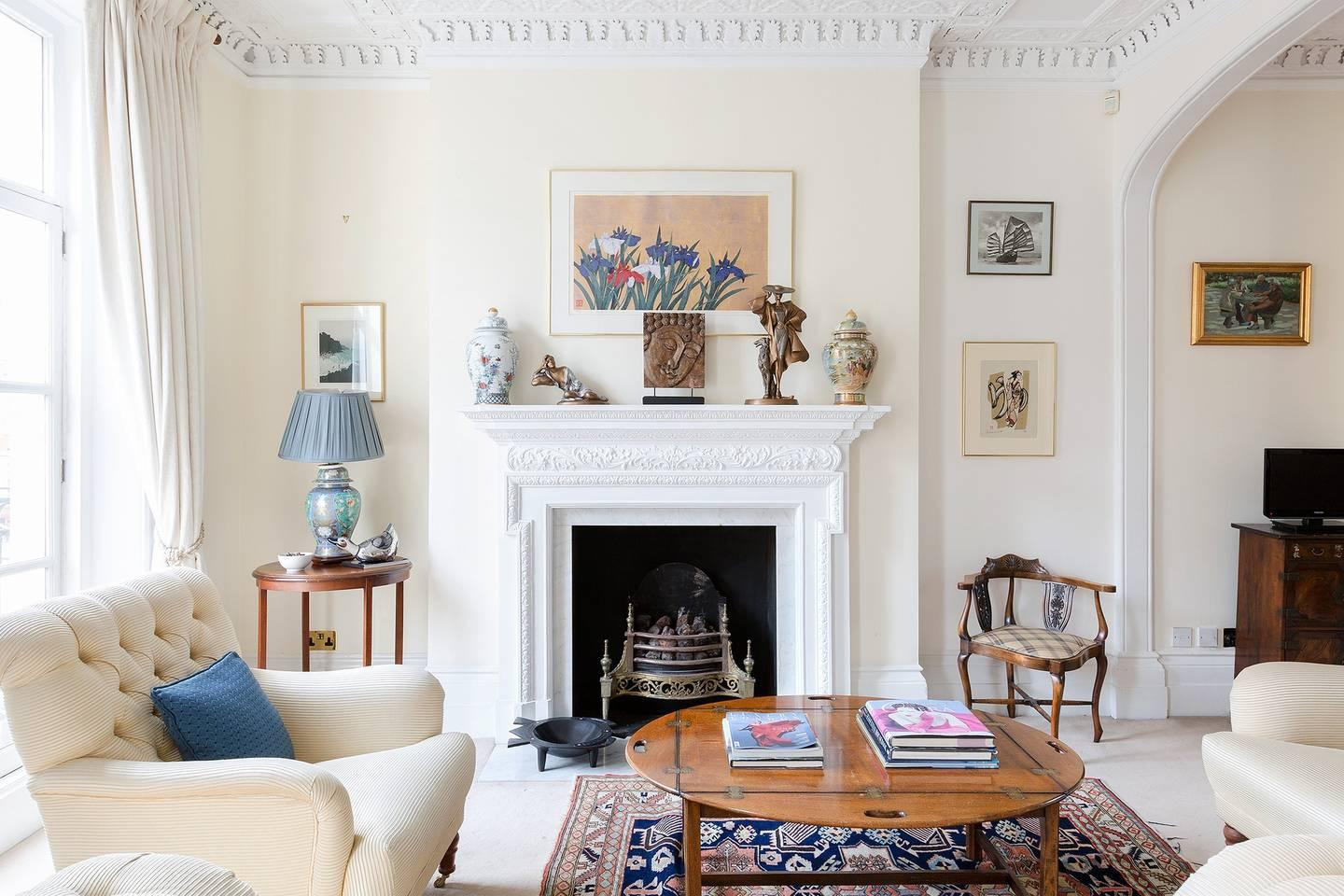 Property Image 1 - Traditional Belgravia House with Charming Garden