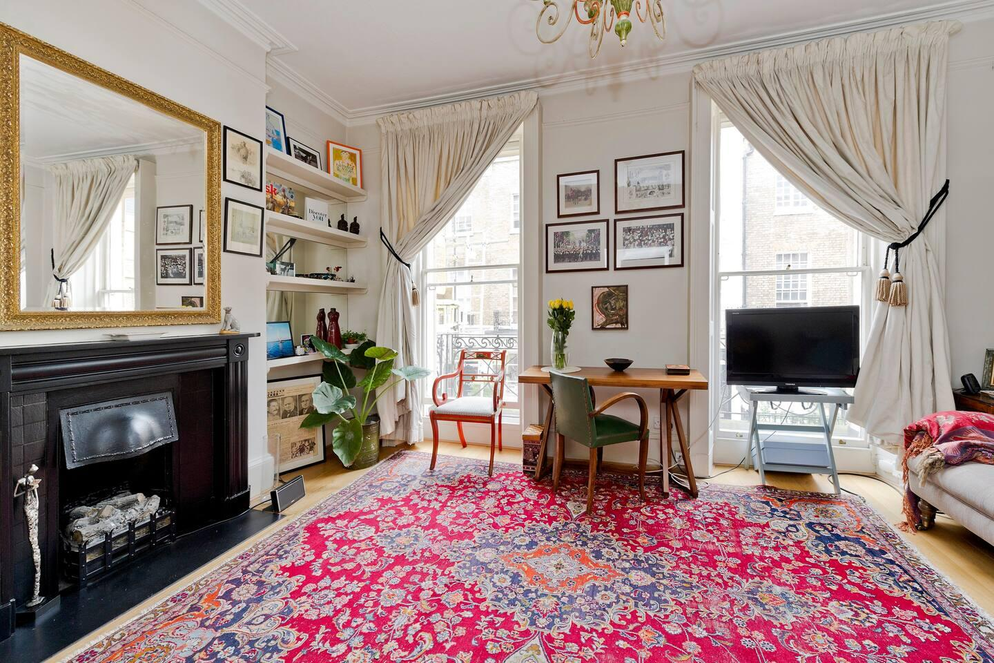 Property Image 1 - Classical Belgravia Apartment in Phenomenal Location