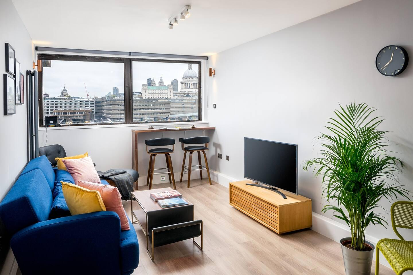 Property Image 1 - Energetic 2BR apartment in Bankside with Panoramic riverview