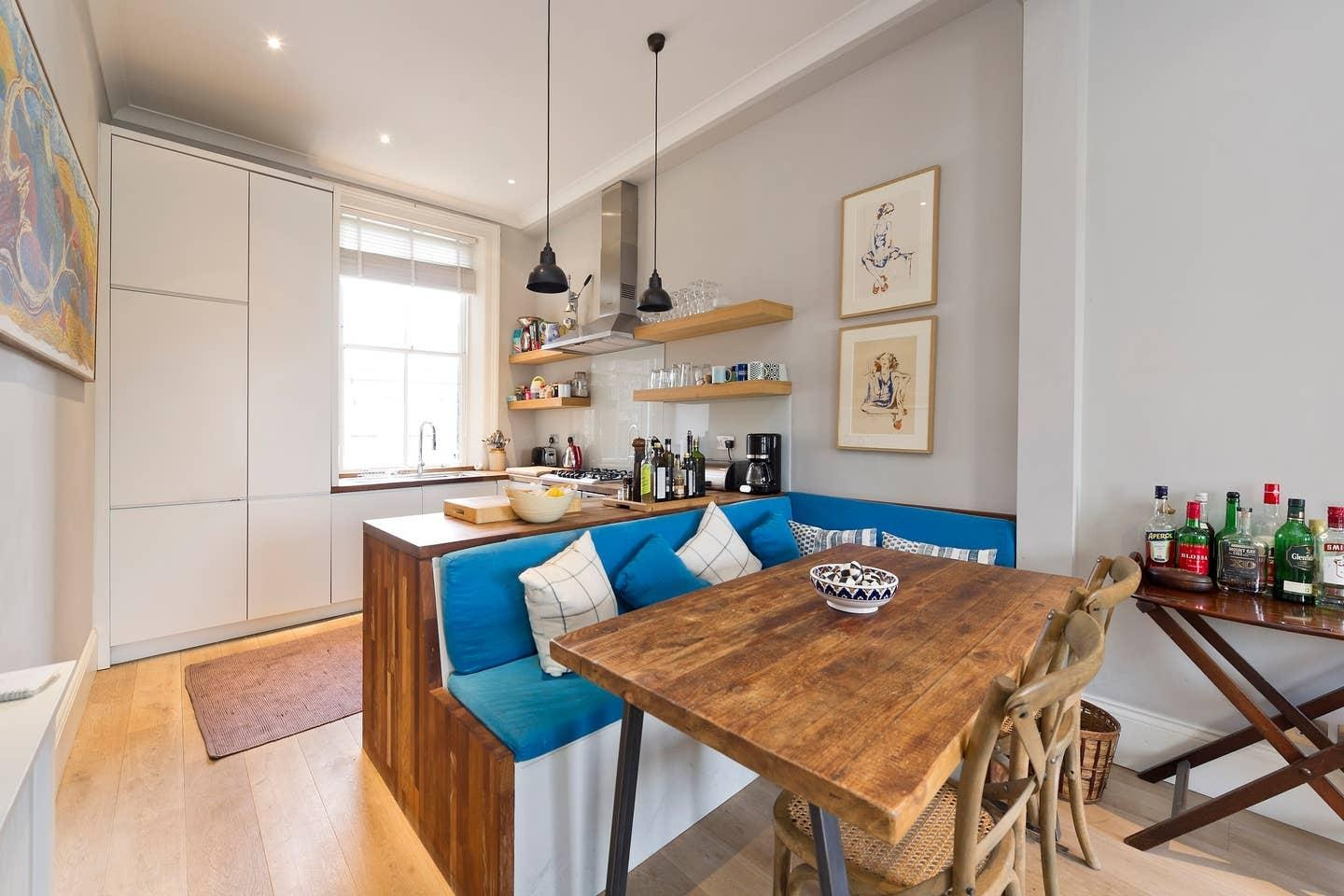 Property Image 2 - Smart & Bright Apartment in Fulham