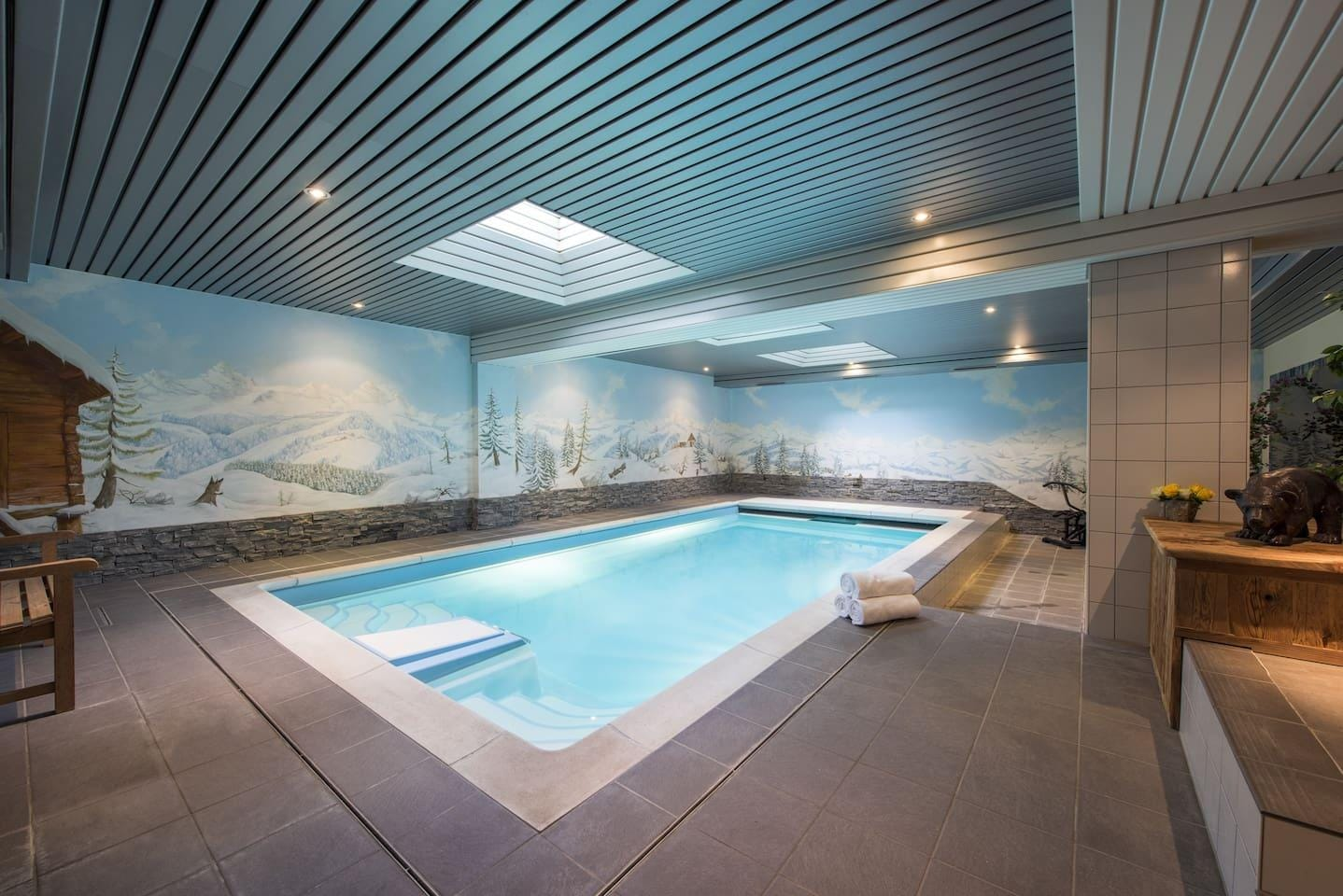 Cosy 2-bedroom Chalet with Shared Pool and Sauna