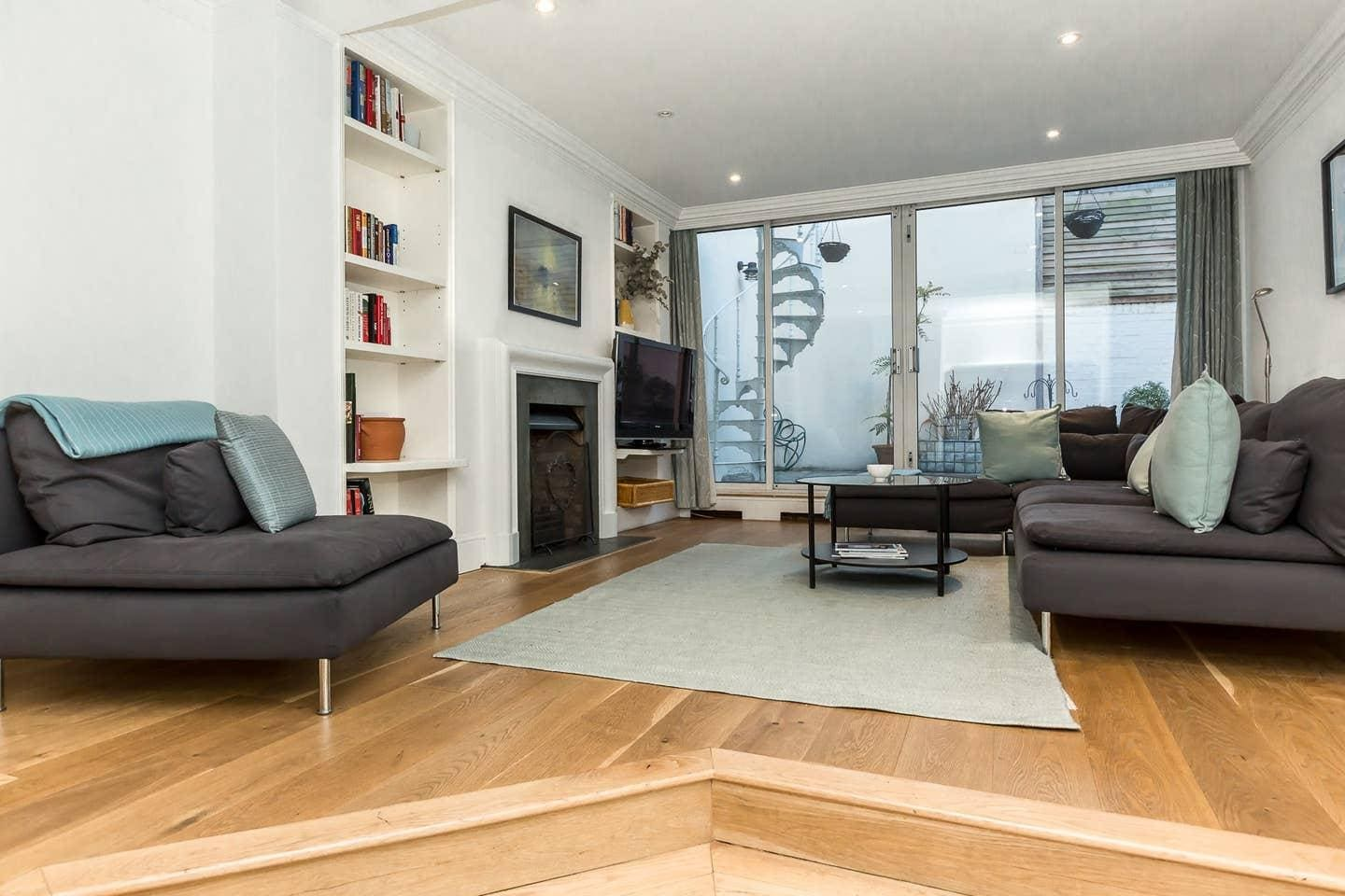 Property Image 2 - Exquisite 3 Bedroom House with Terrace in Knightsbridge