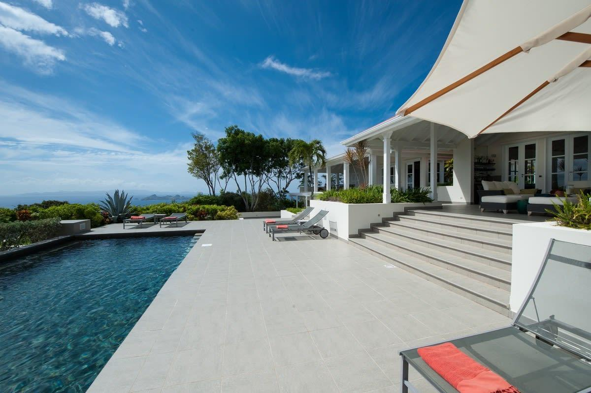 Property Image 2 - Sunny Villa with Spectacular Ocean and Sunset Views