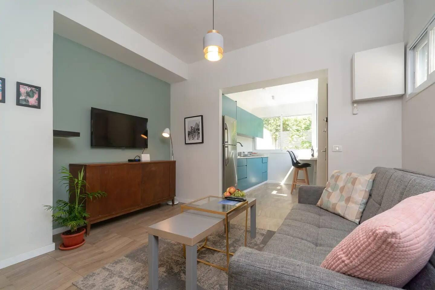 Big Comfortable Flat near all City Main Attraction